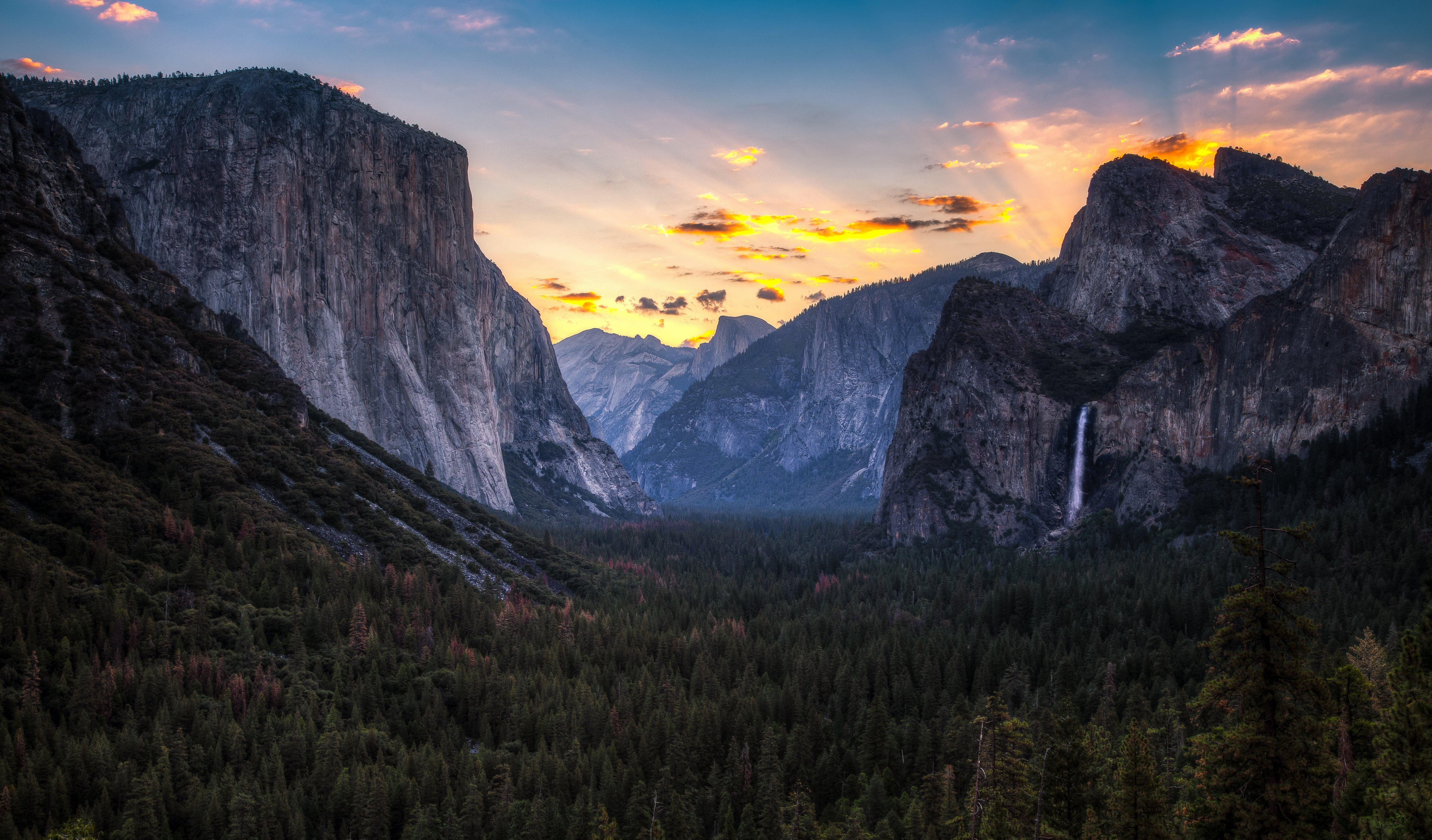 Sunrise on Yosemite Valley Yosemite National Park California wallpaper