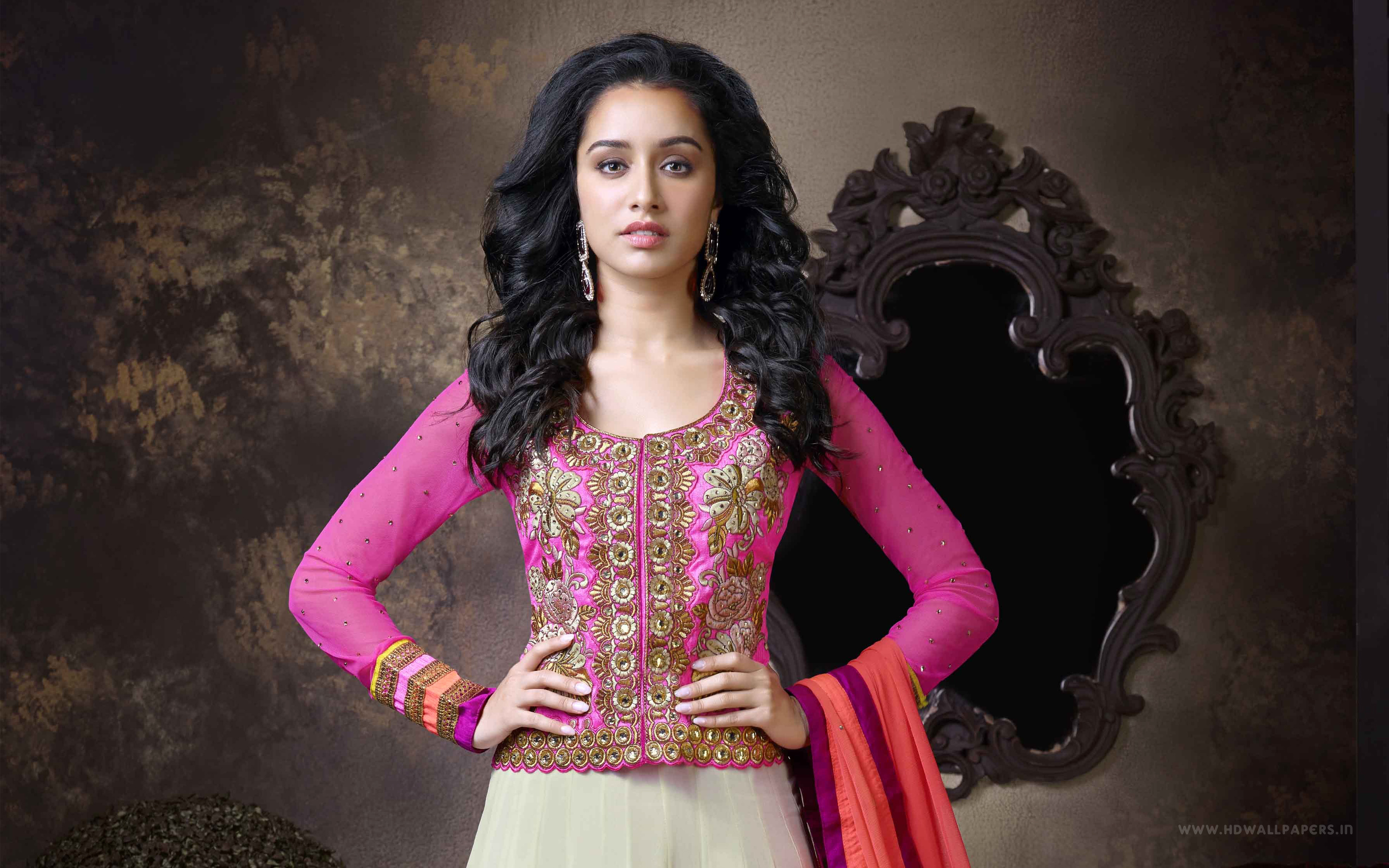 Shraddha Wallpapers 4k For Your Phone And Desktop Screen