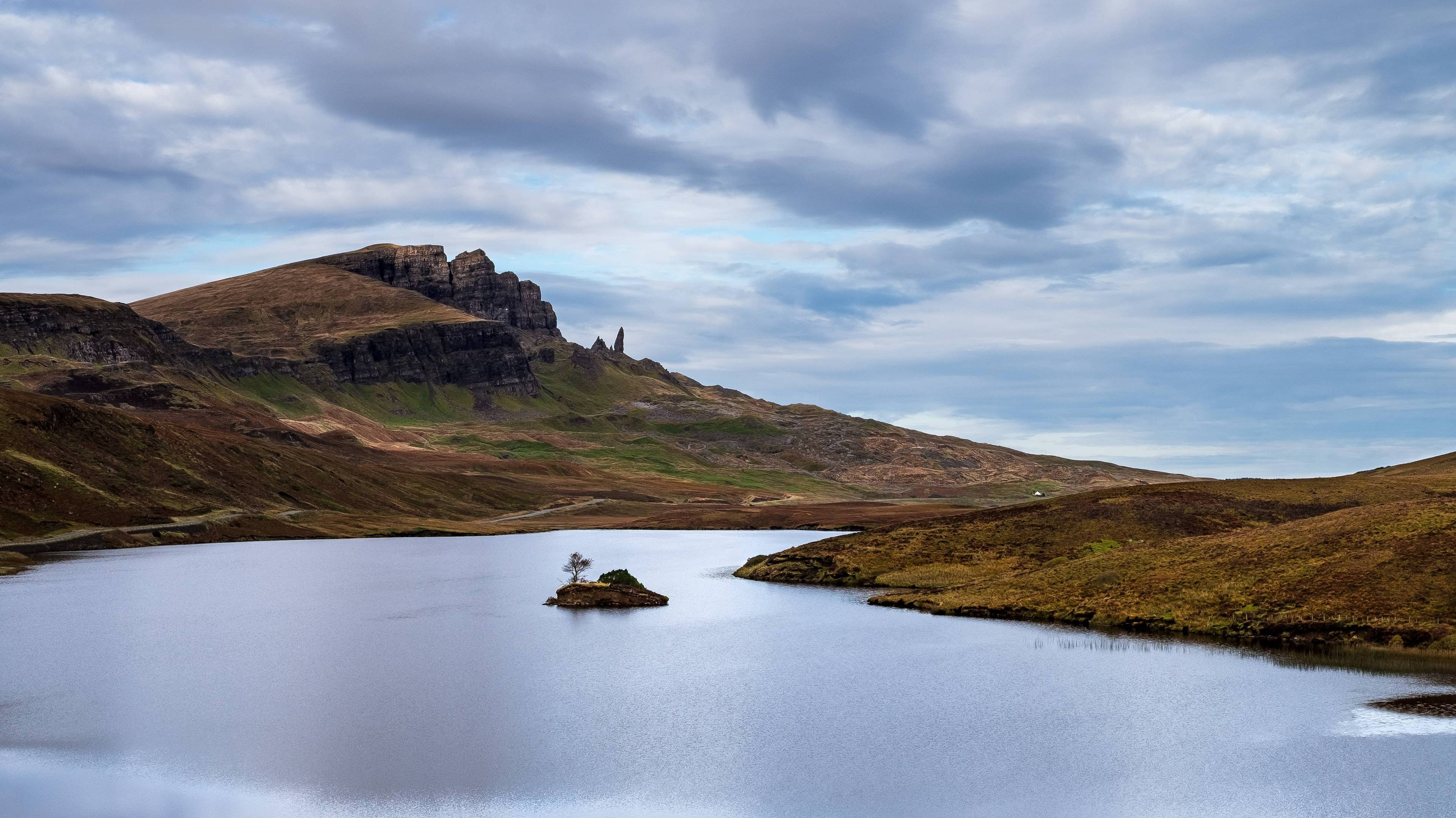 Old Man Of Storr Isle Of Skye Scotland 4k Wallpaper