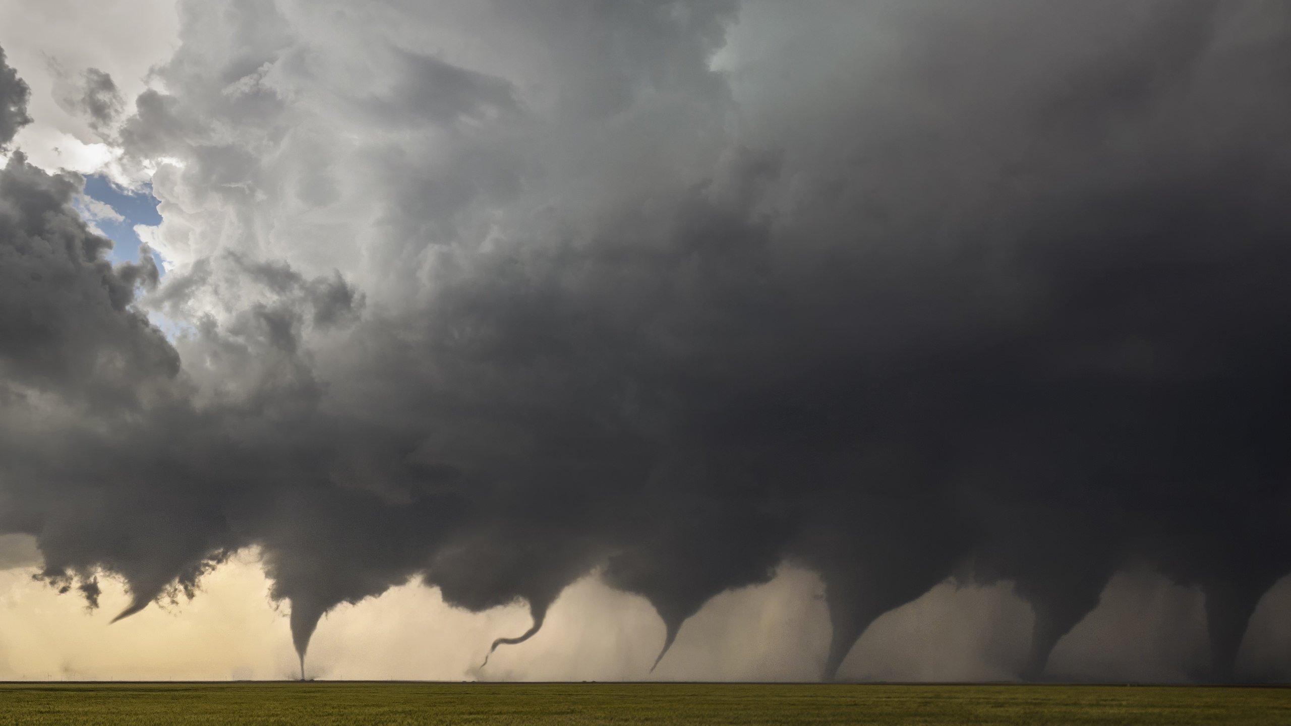 Evolution of a Tornado wallpaper