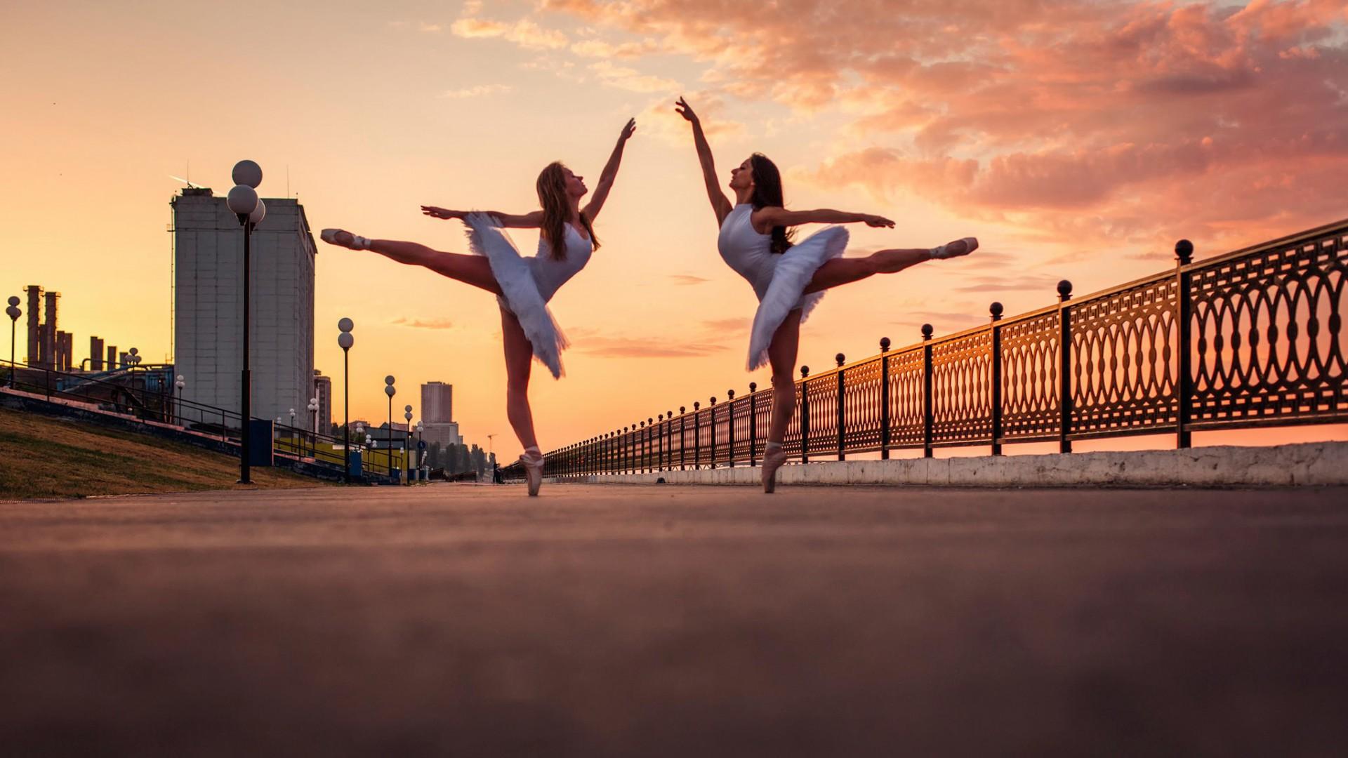 Sunset Ballerina Dancers Hd Wallpaper