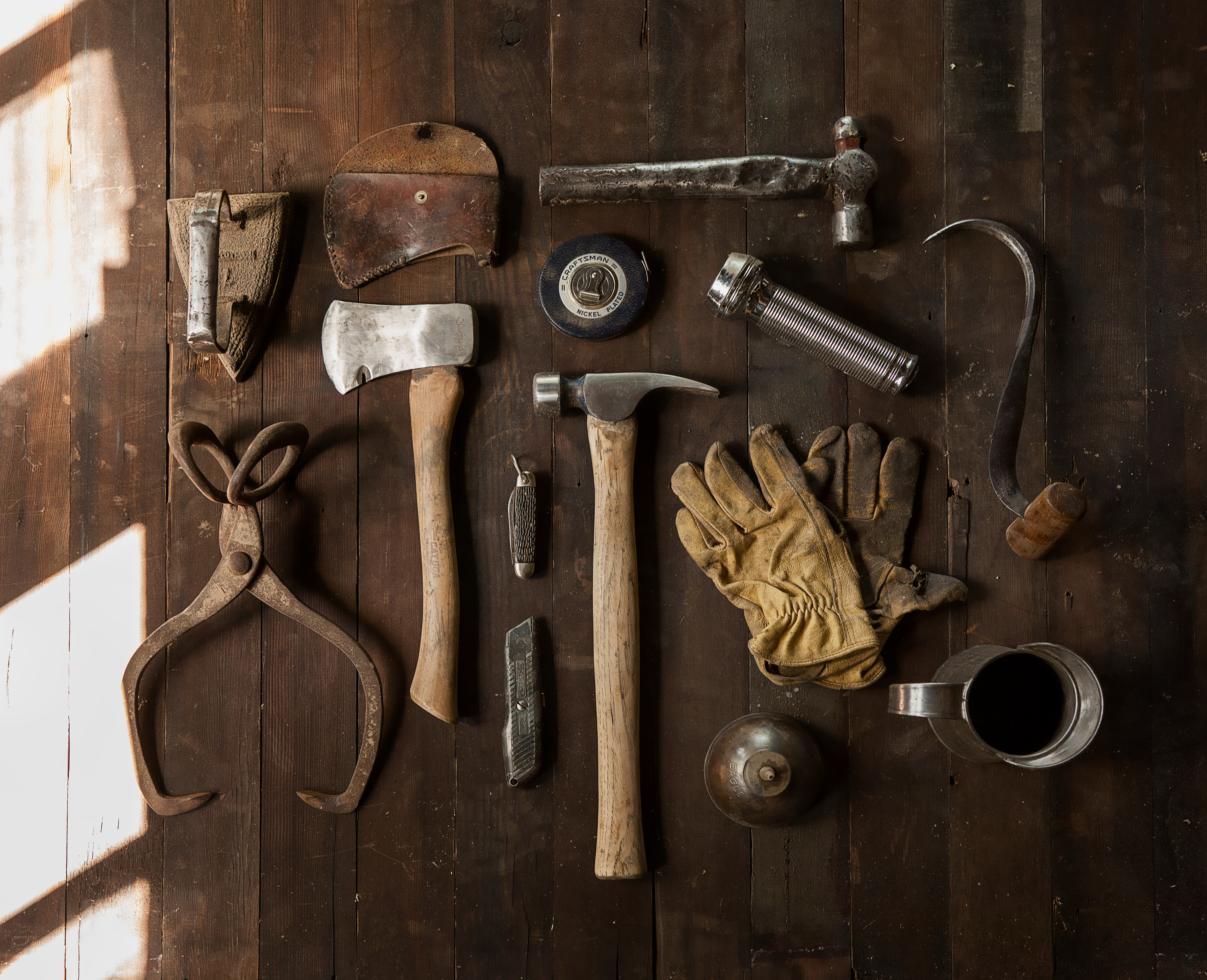 Brown Gloves Gray Hammers Tables Tools Wood wallpaper