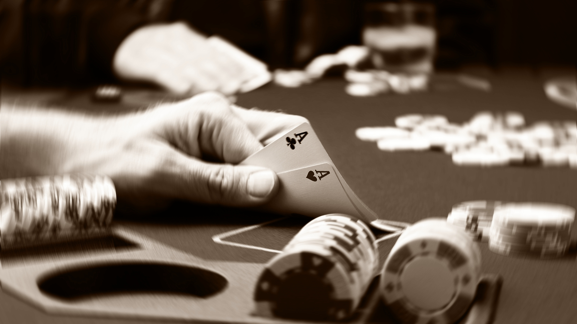 Para Pemain Poker Profesional ternama di Dunia
