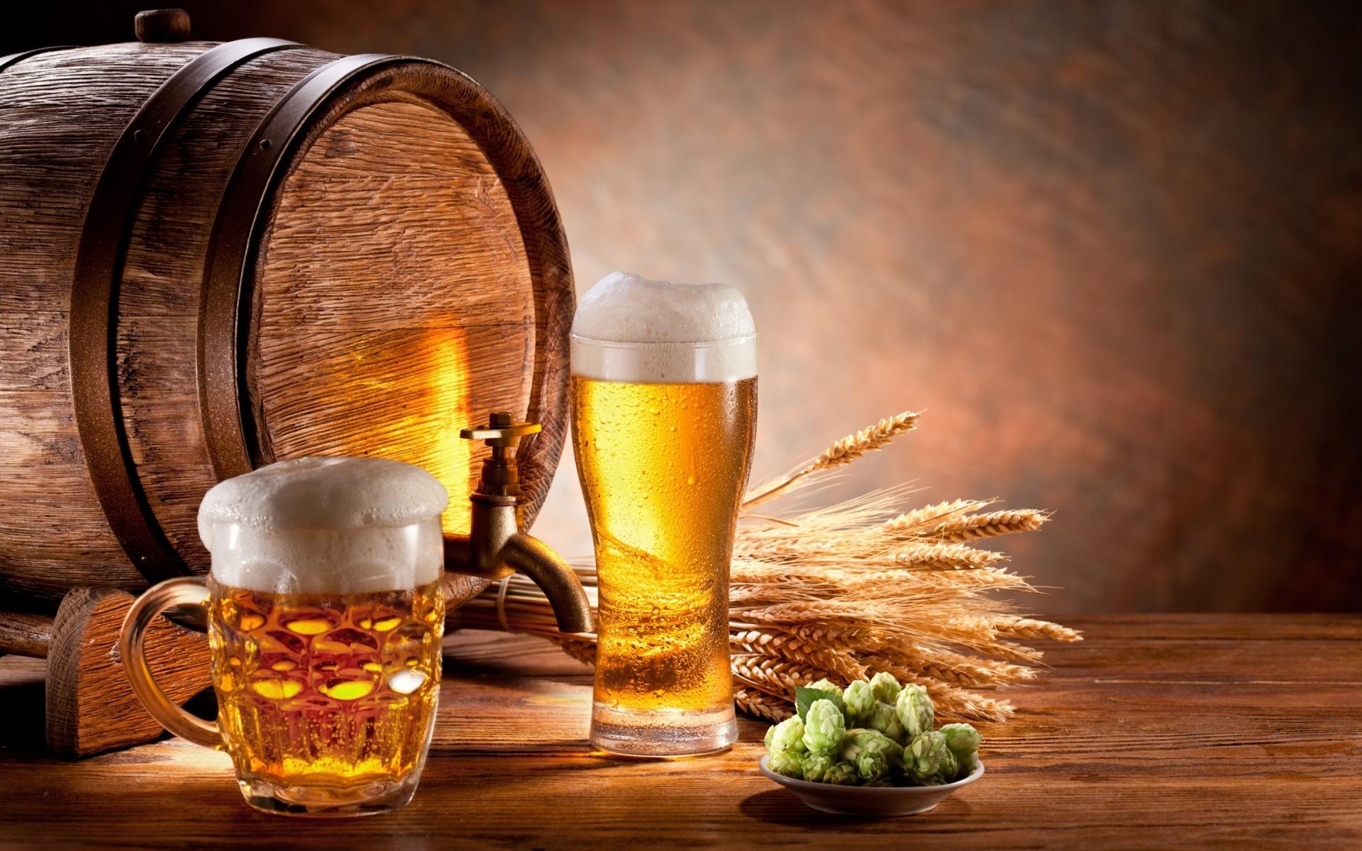 Draft Beer Glasses Hd Wallpaper