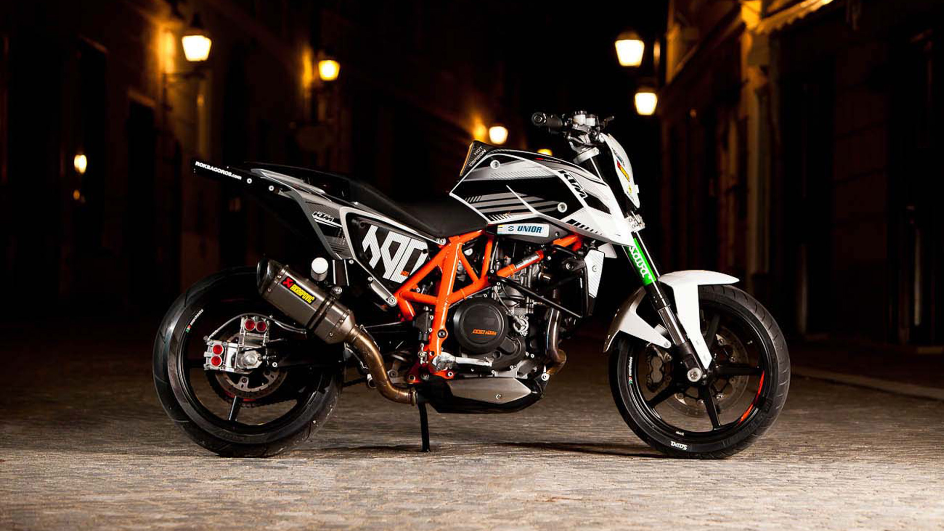 Ktm Duke Stunt Hd Wallpaper