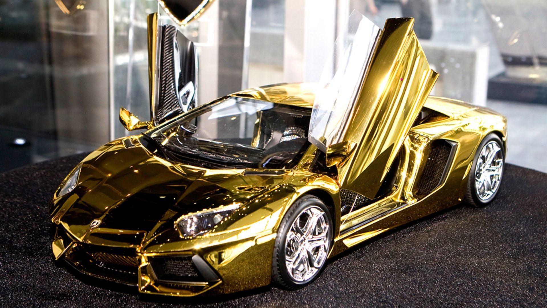 Gold Car Wallpapers