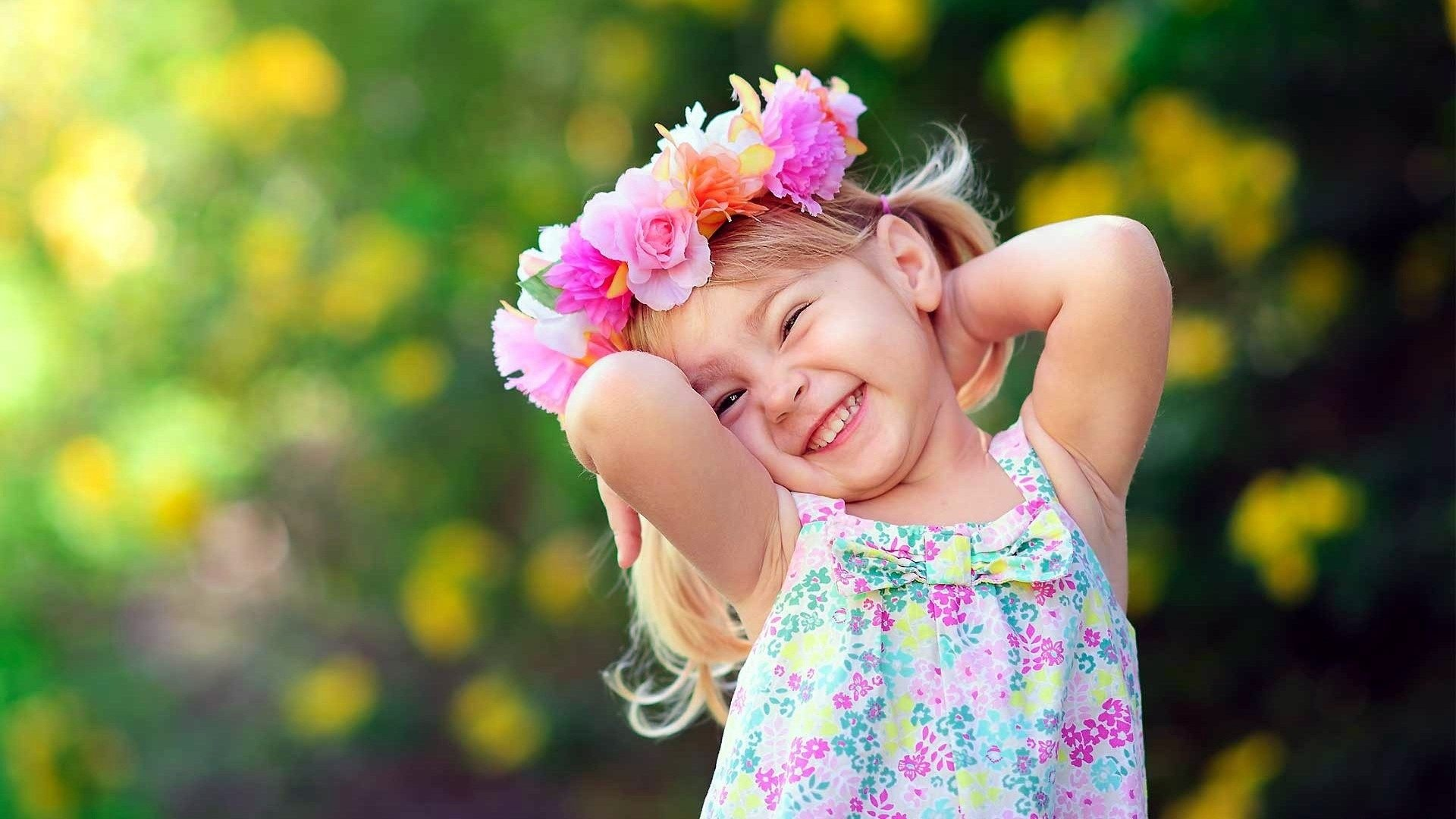 Beautiful Small Girl Image Download