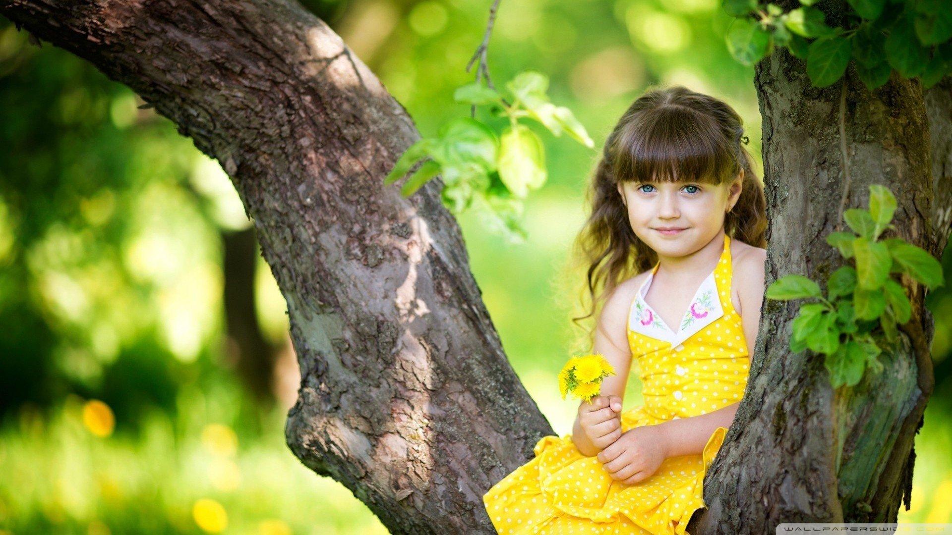 Cute Little Girl HD wallpaper