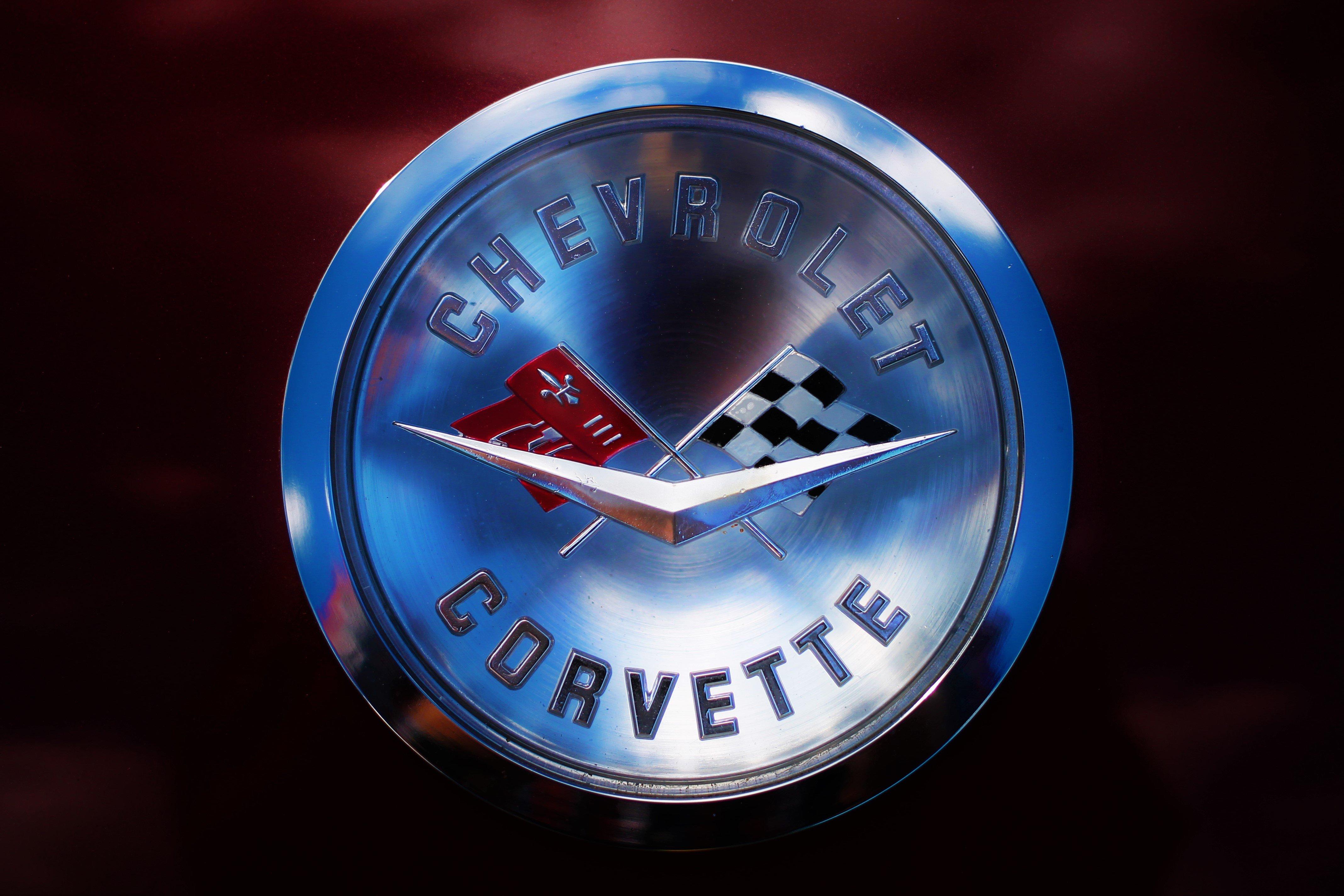 Corvette Logo 4k Wallpaper