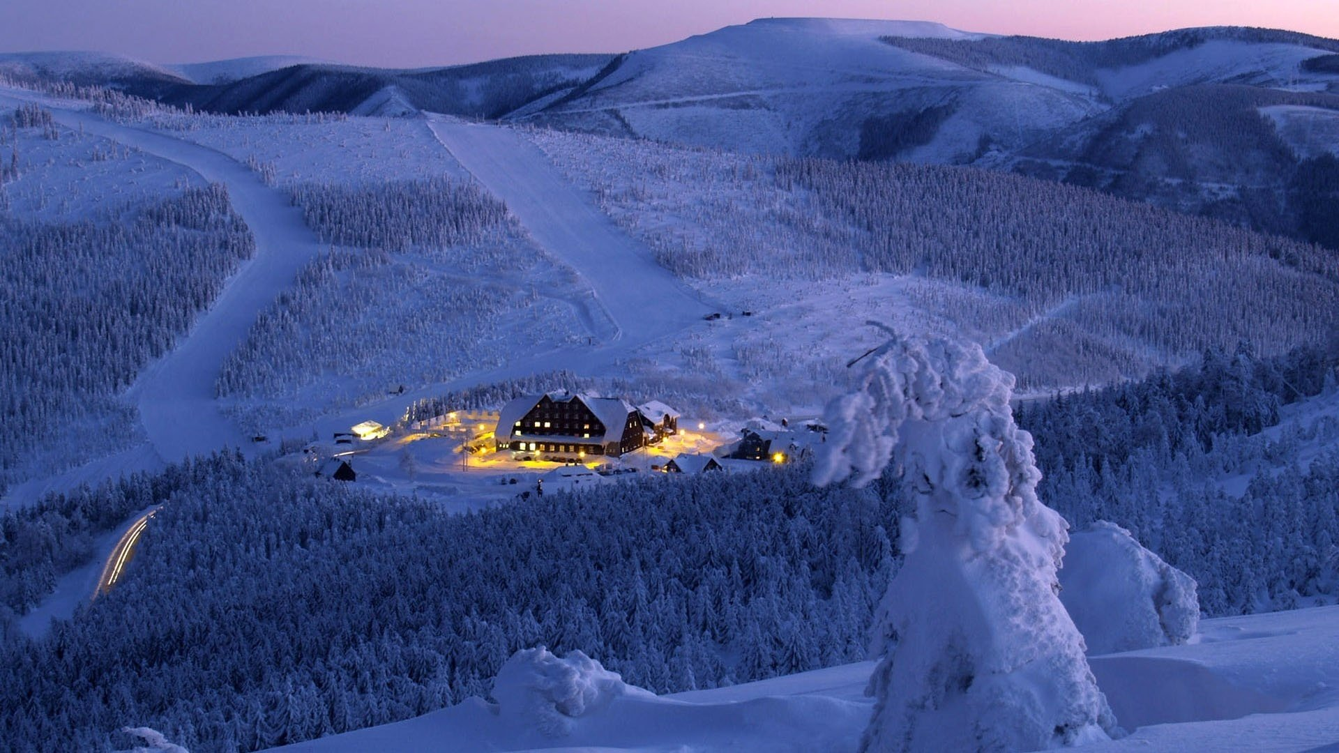 Ski Resort Hd Wallpaper