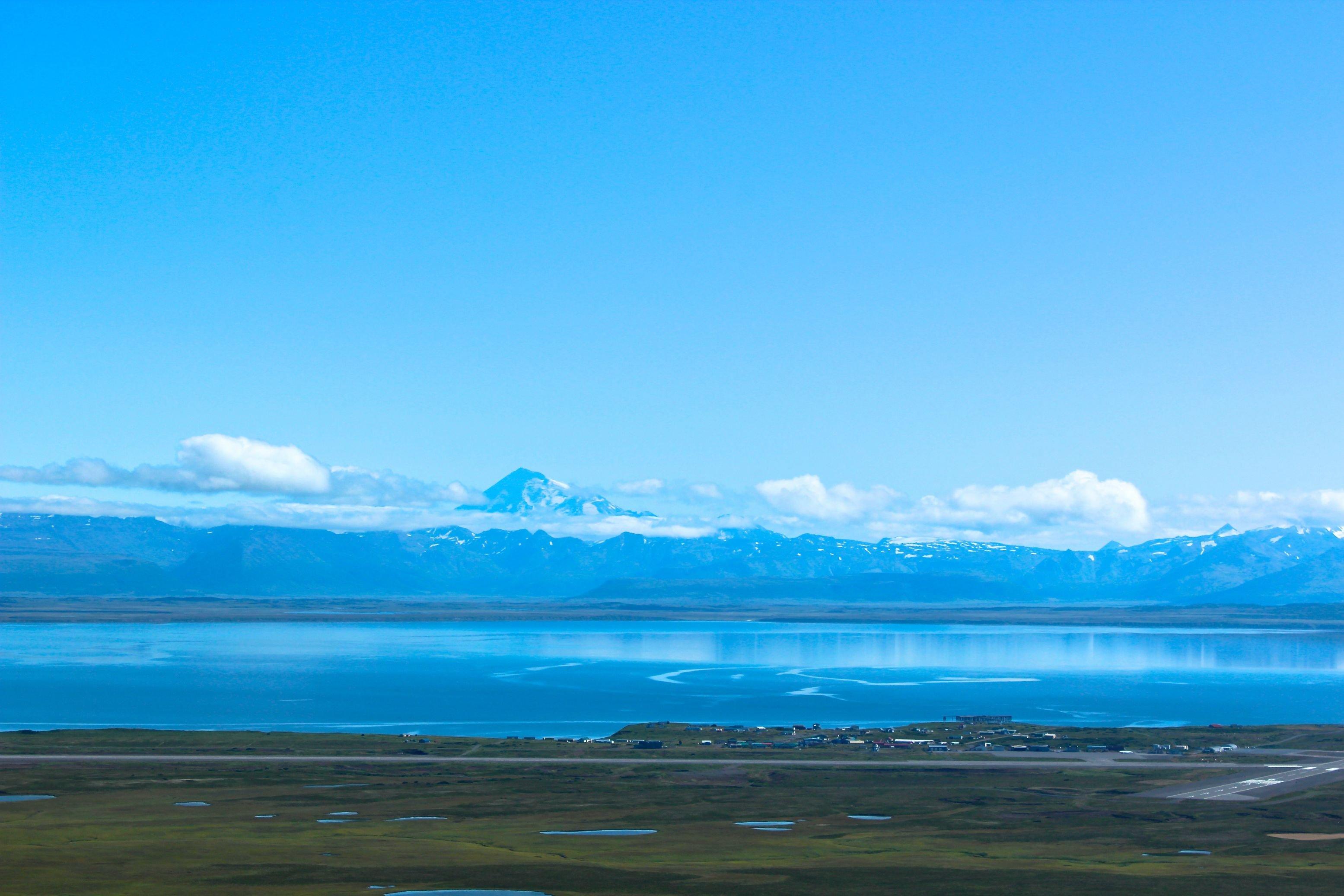 Late Summer Shot Of Cold Bay Alaska Hd Wallpaper