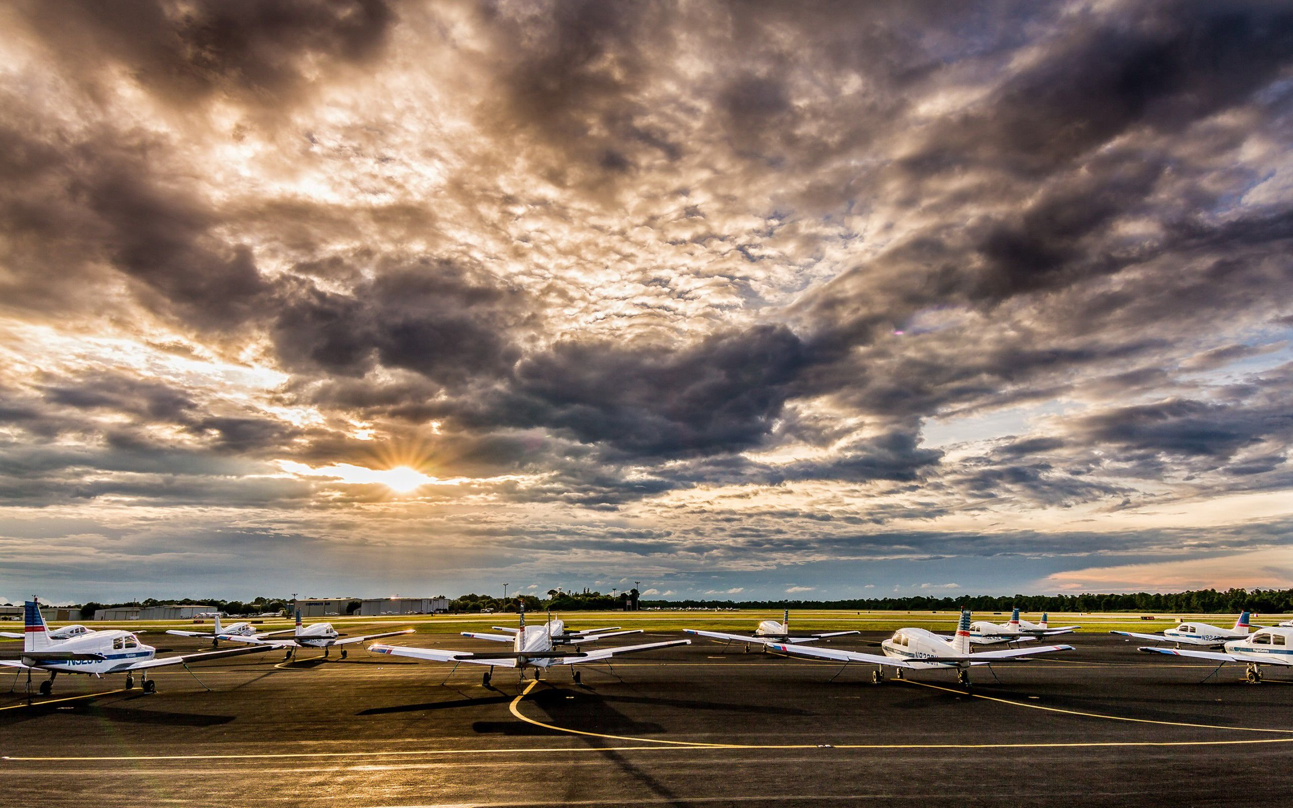 airport 4K wallpapers for your desktop or mobile screen free