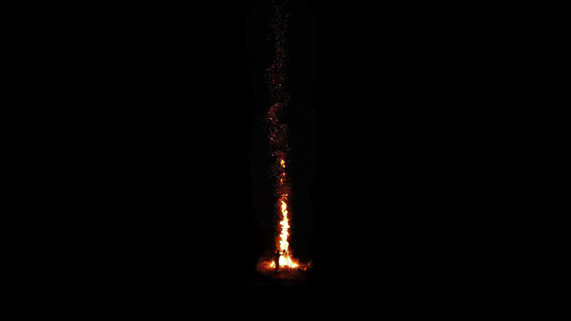 Vertical Panorama Bonfire Hd Wallpaper
