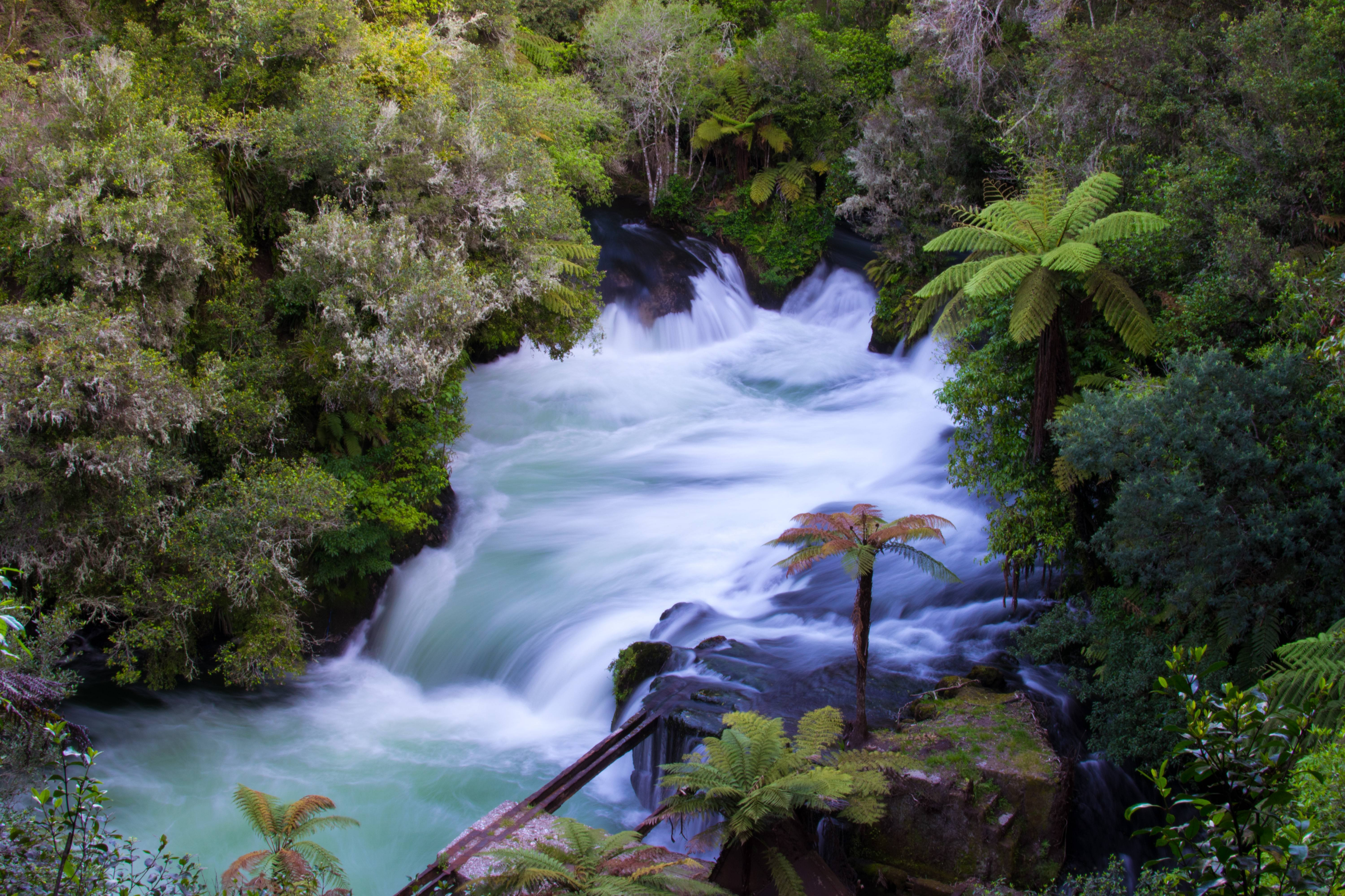 The Spectacular Okere Falls New Zealand wallpaper