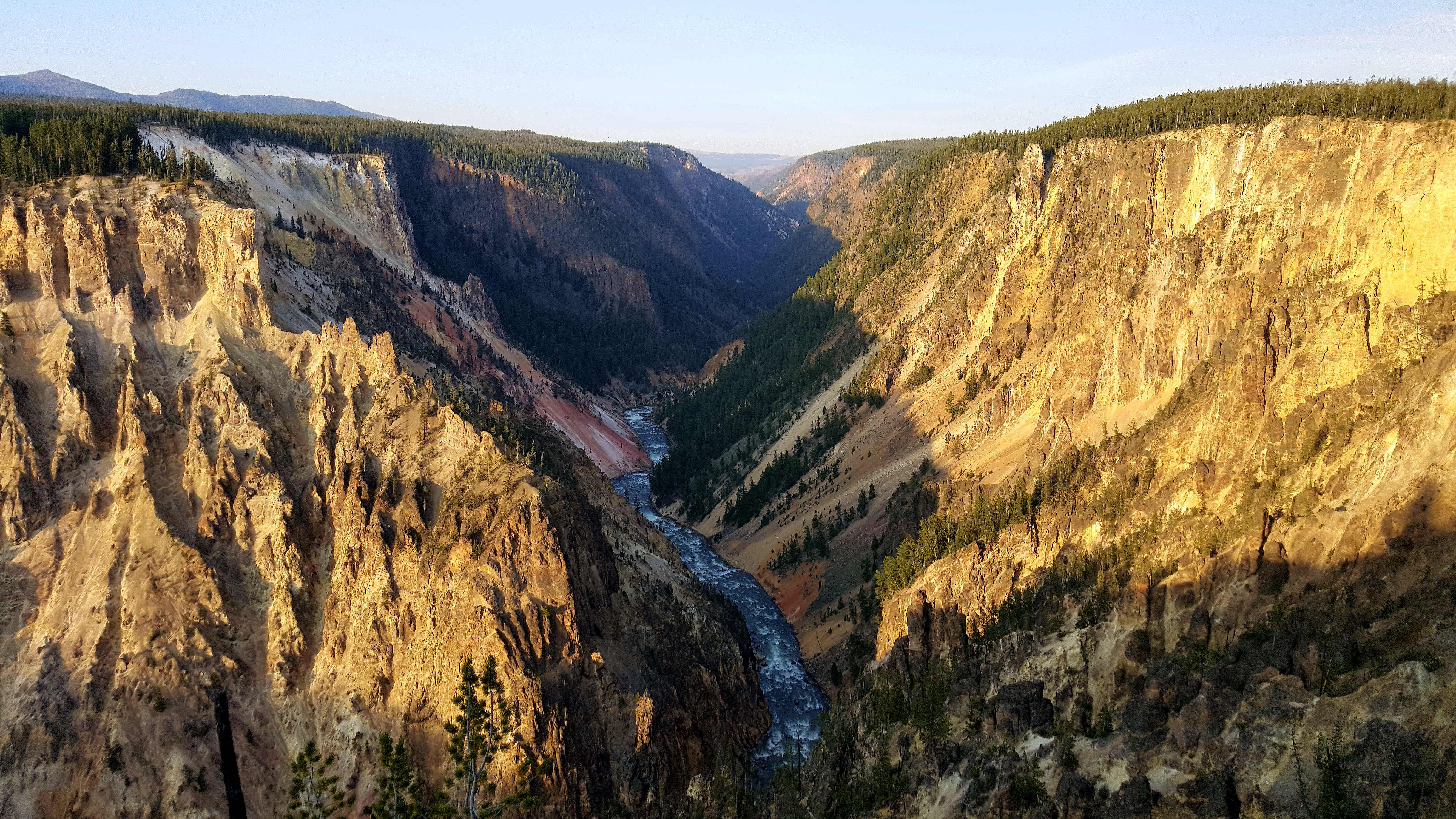 Grand Canyon of the Yellowstone wallpaper