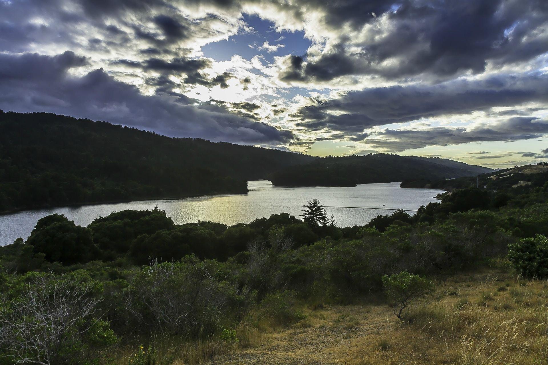Water Reservoir San Mateo 43