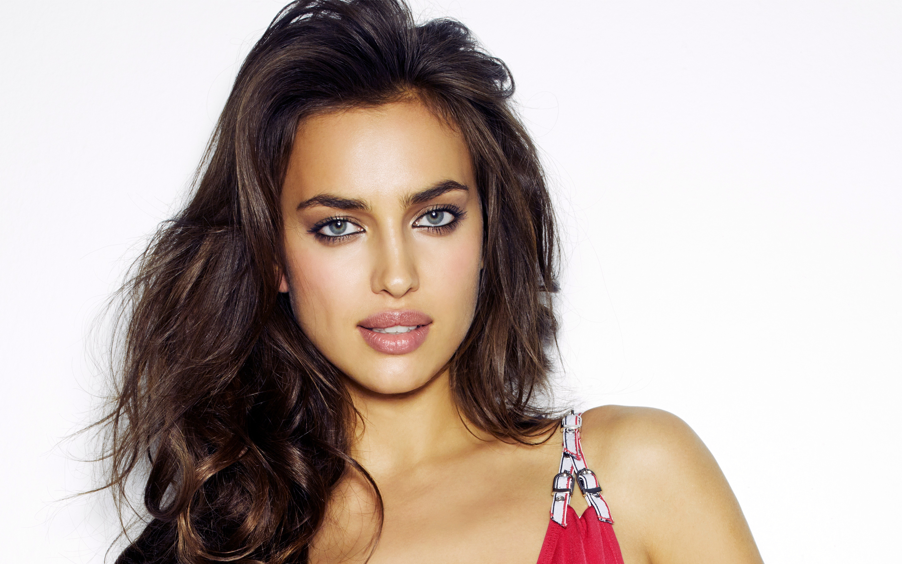 Irina Shayk 3 wallpaper