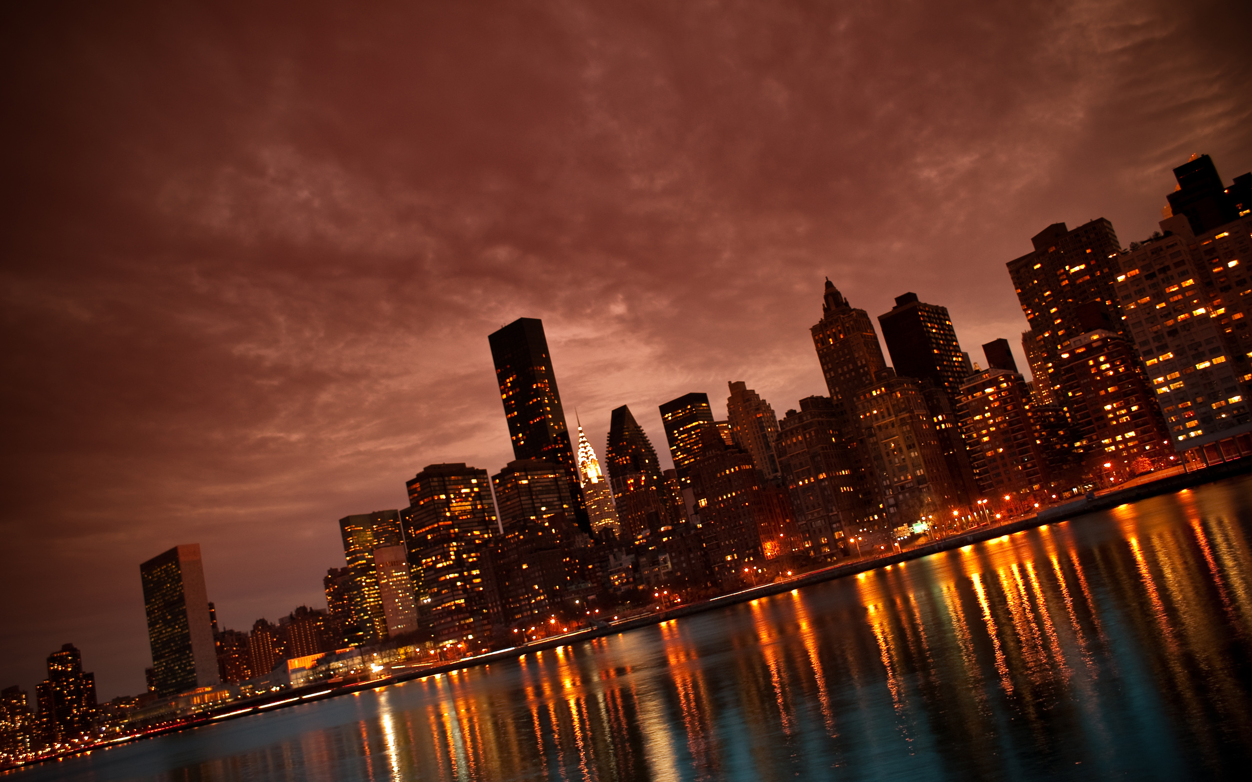 Manhattan NYC Reflections wallpaper