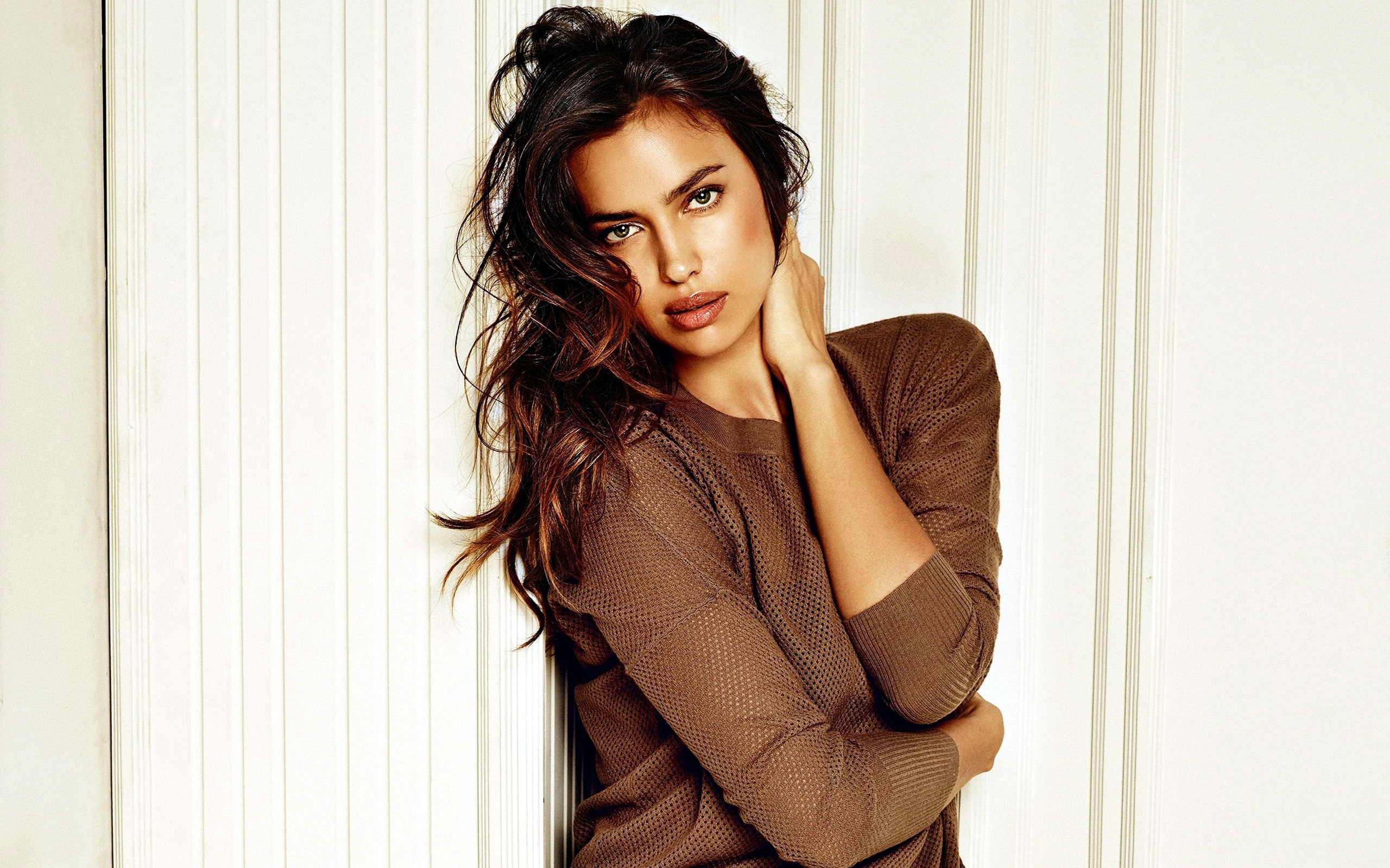 Irina Shayk 15 wallpaper