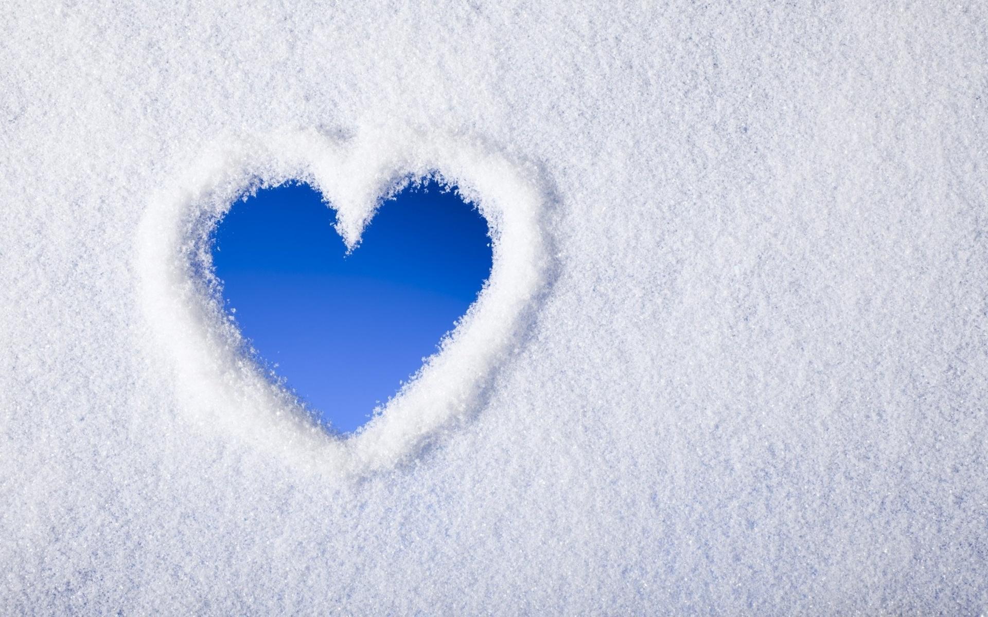 Snow Heart Hd Wallpaper
