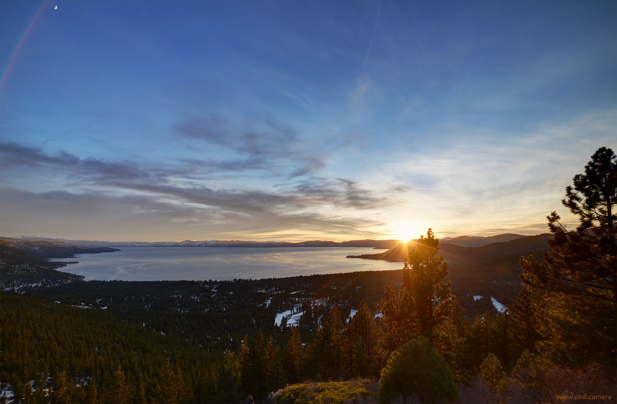 Magic Light During Sunset Yesterday Over Lake Tahoe Looking South wallpaper