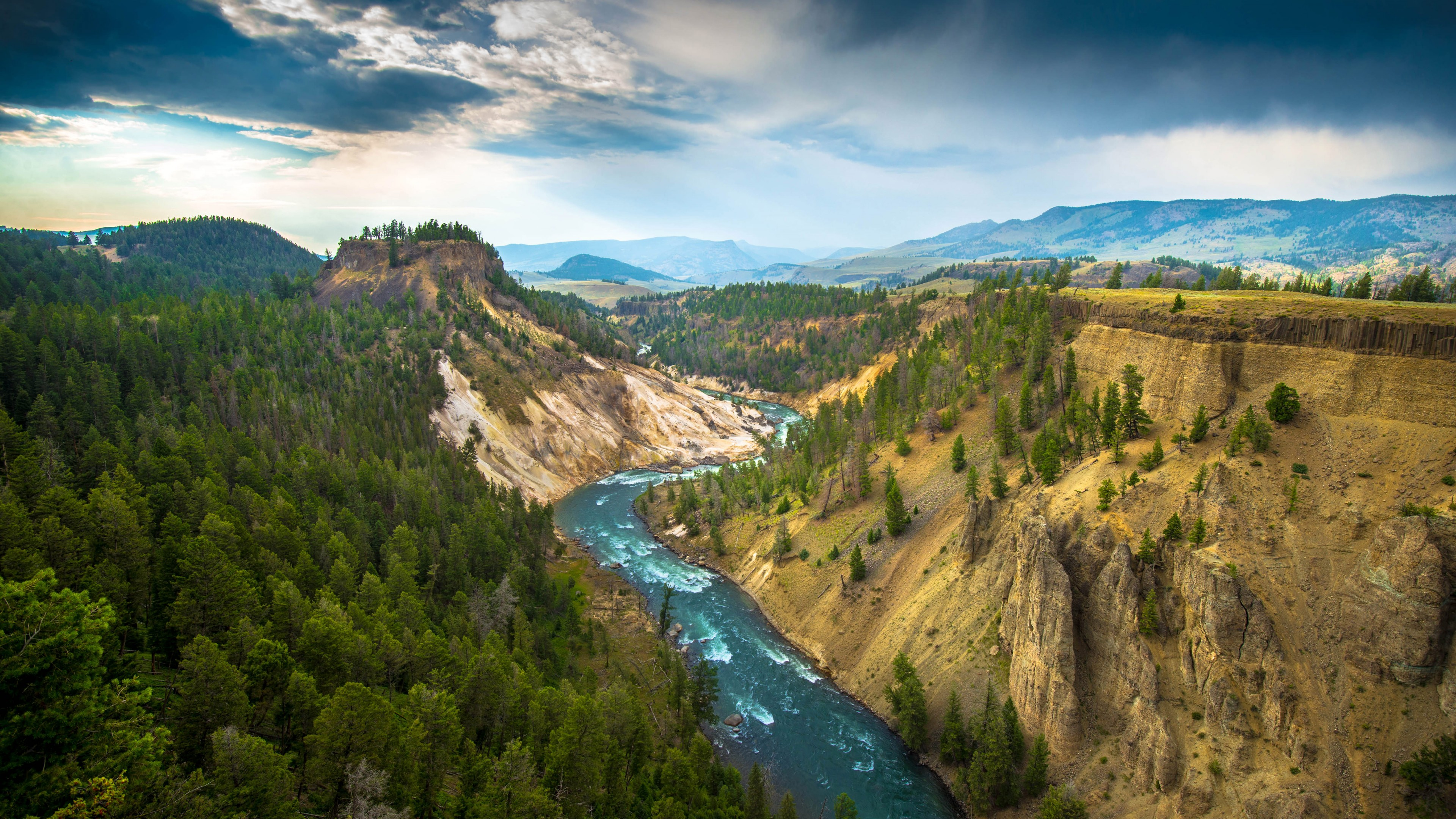 The River Grand Canyon of Yellowstone National Park USA wallpaper