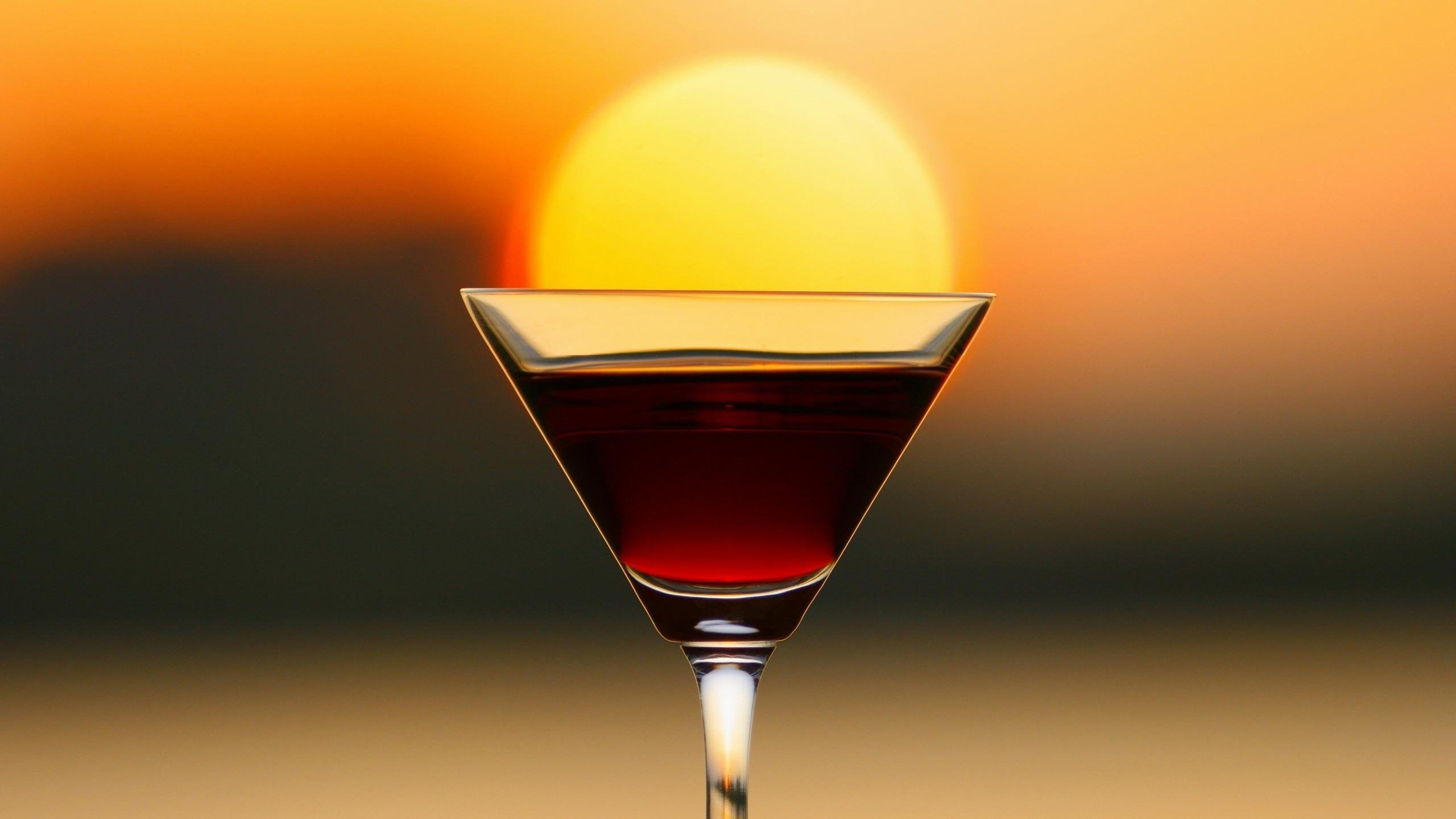 Cocktail Sunset wallpaper