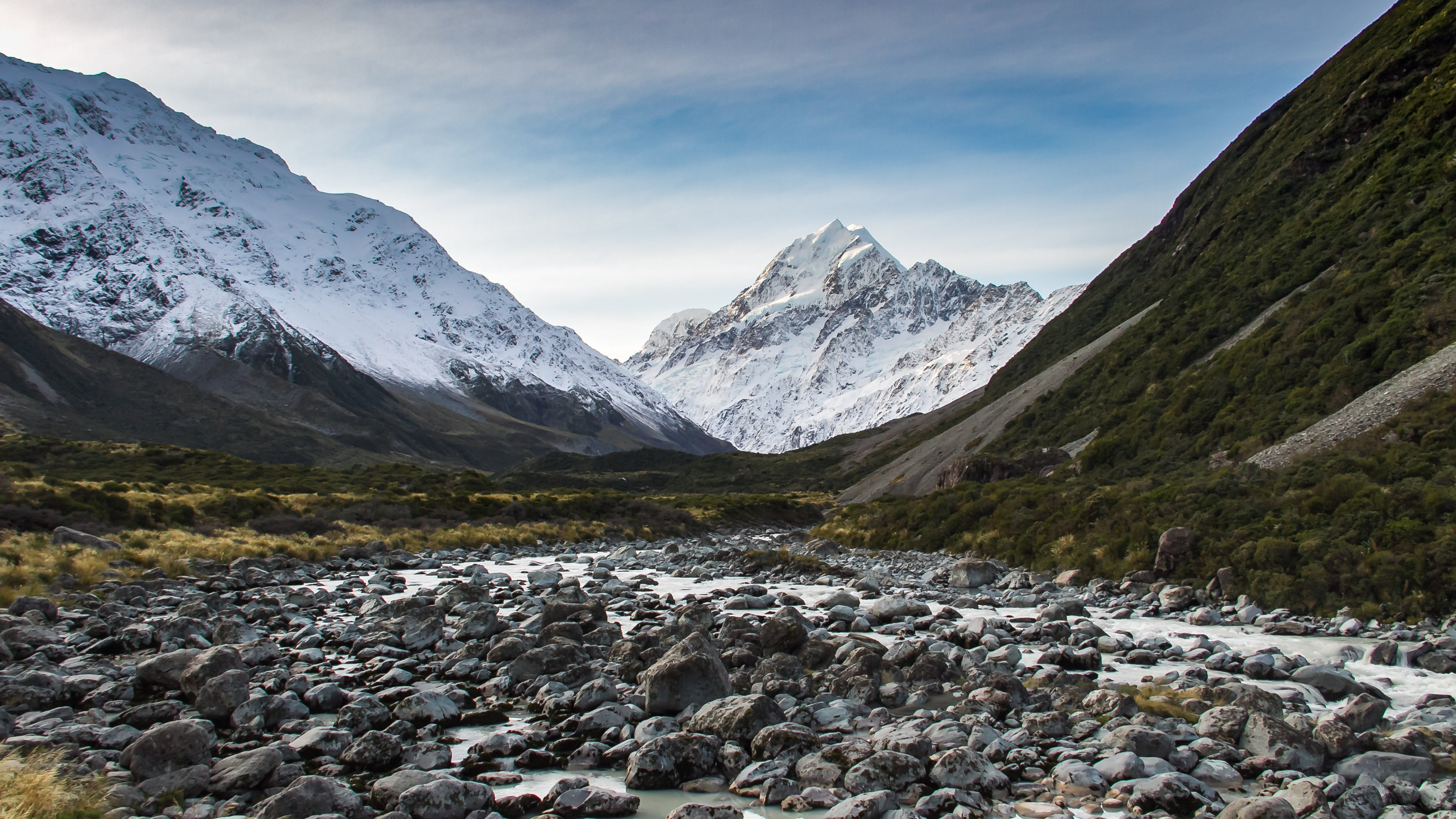 Clear Evening on the Hooker Valley Track New Zealand wallpaper