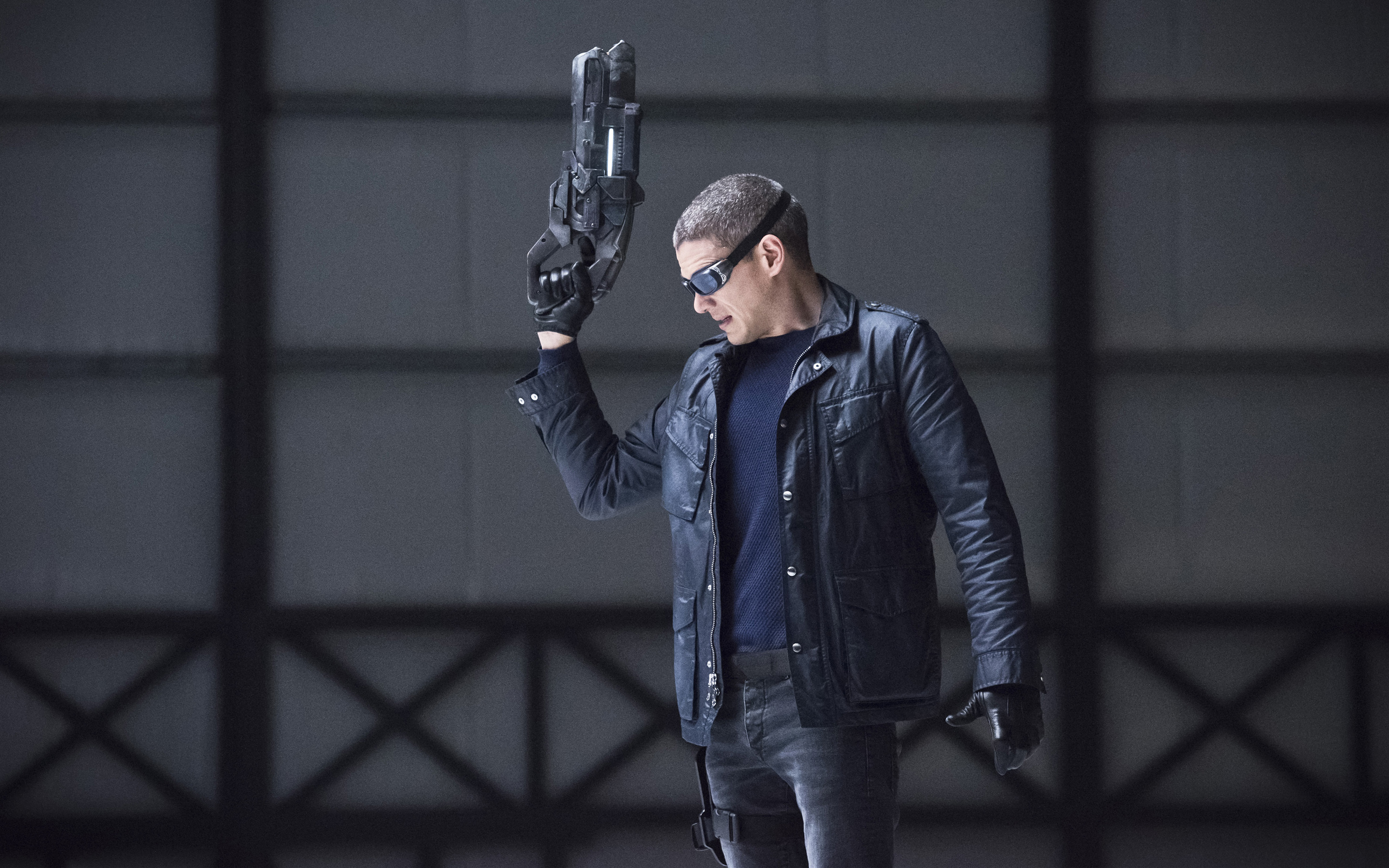 Wentworth Miller Captain Cold Legends of Tomorrow wallpaper