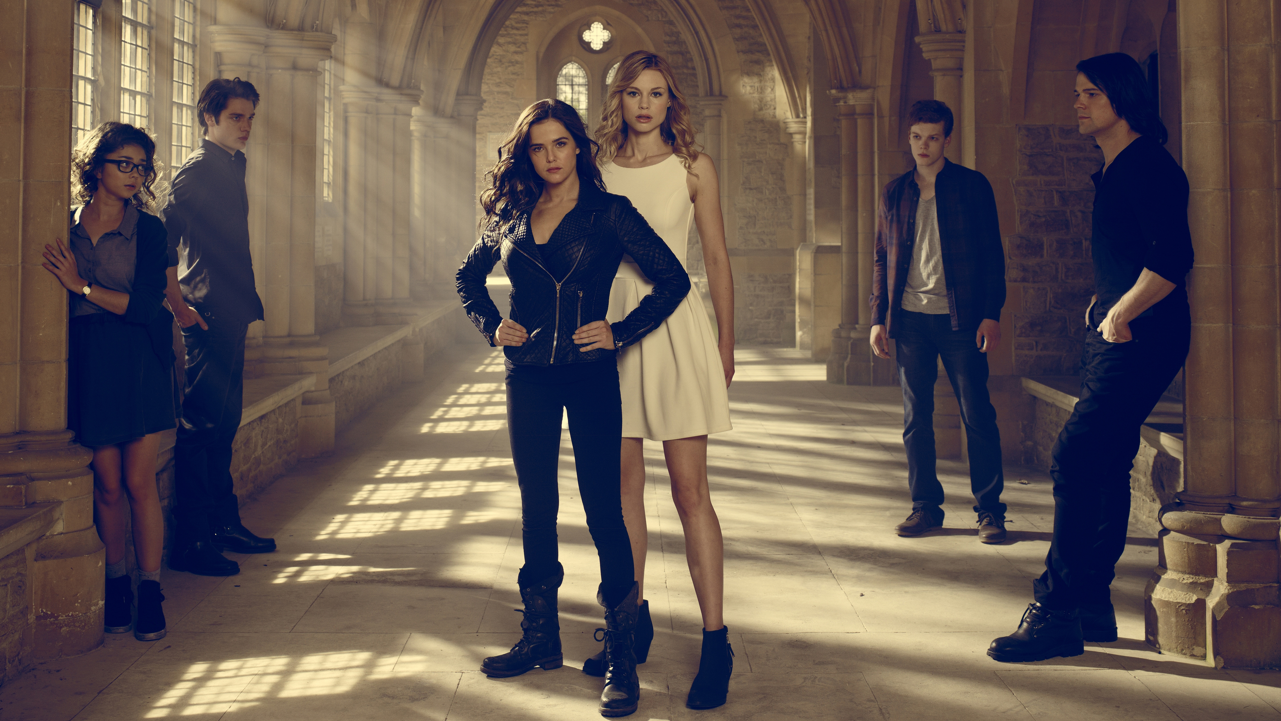Vampire Academy TV Series 5K wallpaper
