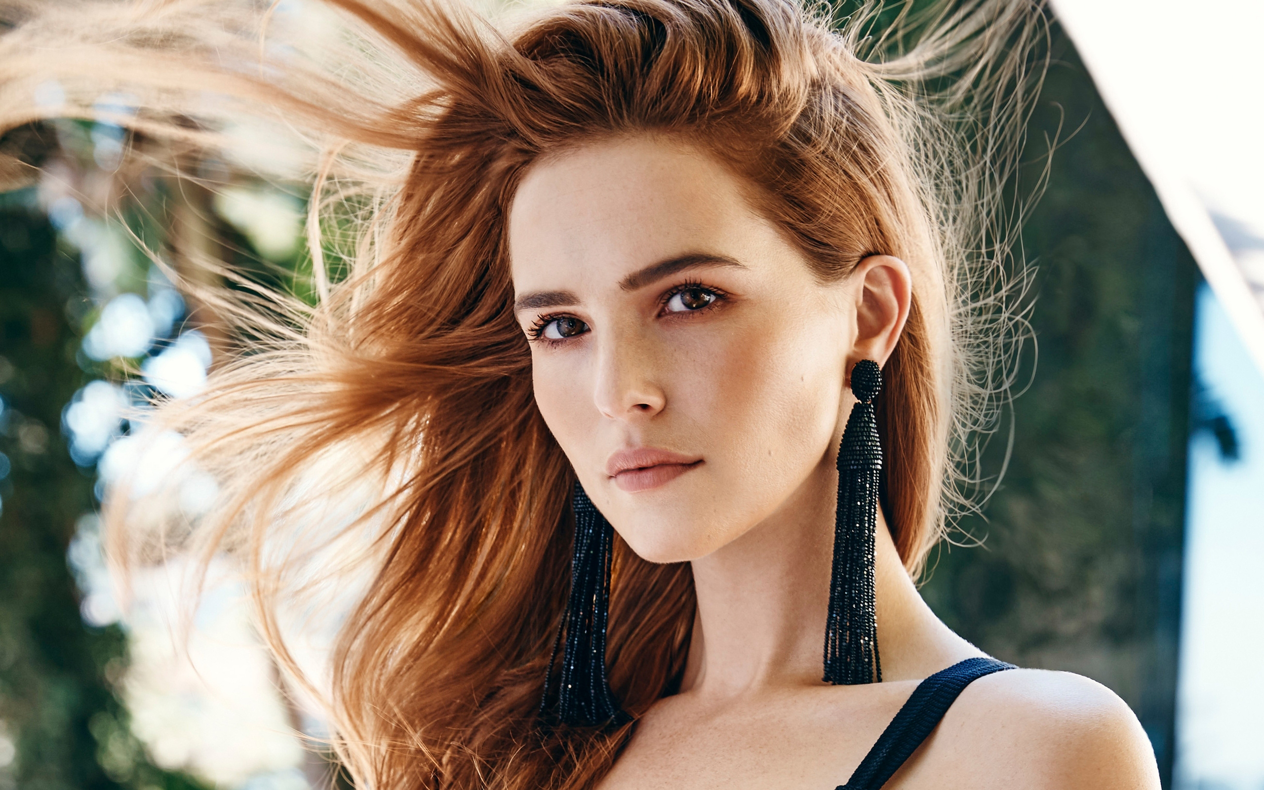 Zoey Deutch American Actress wallpaper
