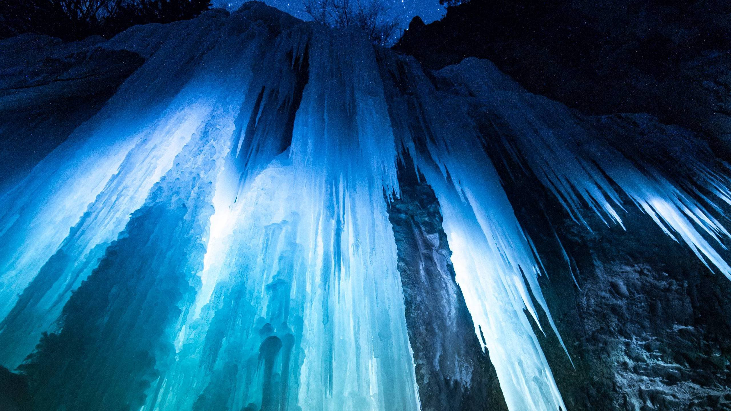 The Ice Caves of Rifle Mountain Park Colorado wallpaper