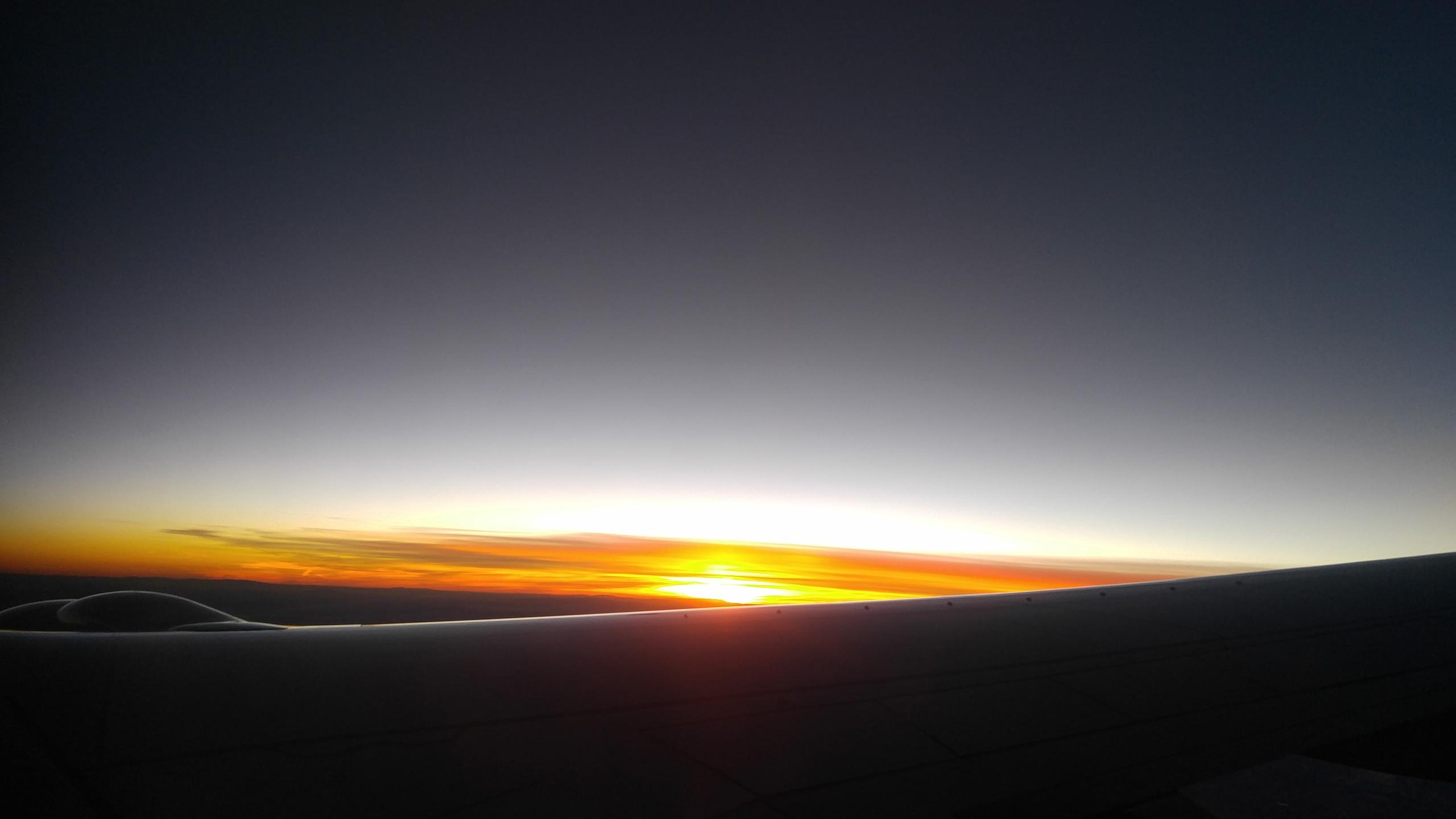 Sunrise in Flight wallpaper