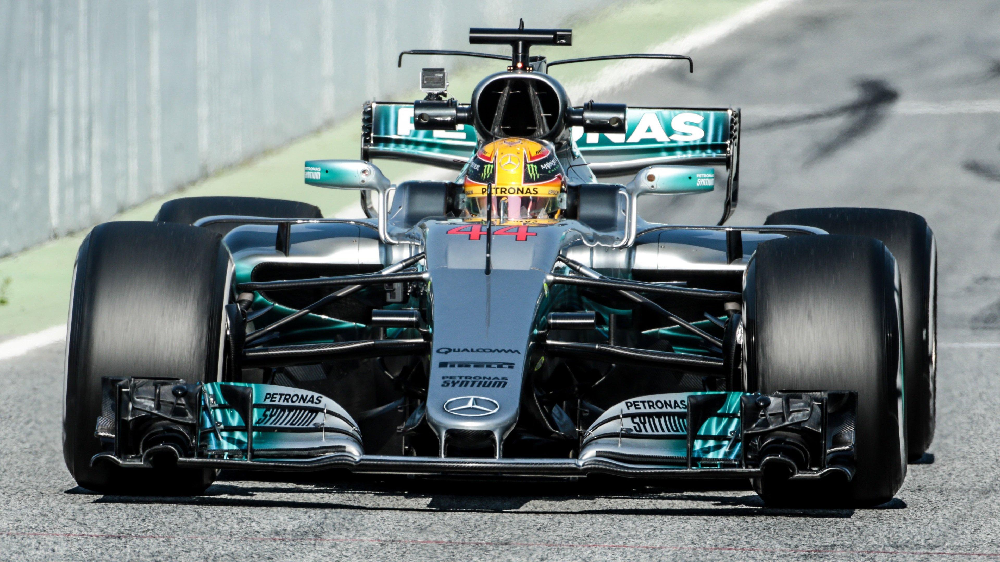 Testing Barcelona Lewis Hamilton 4K wallpaper