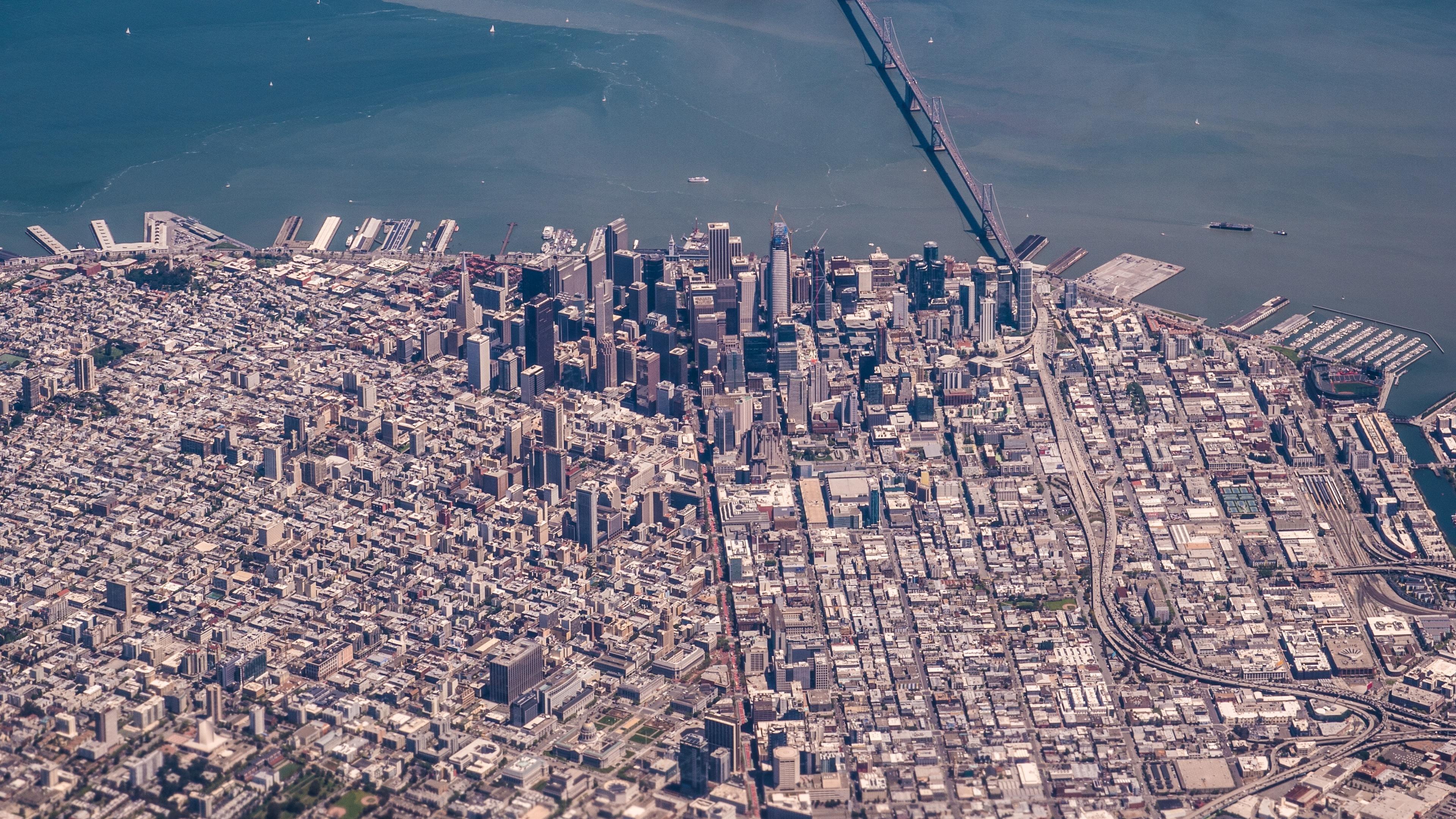 Aerial of San Francisco 4K wallpaper