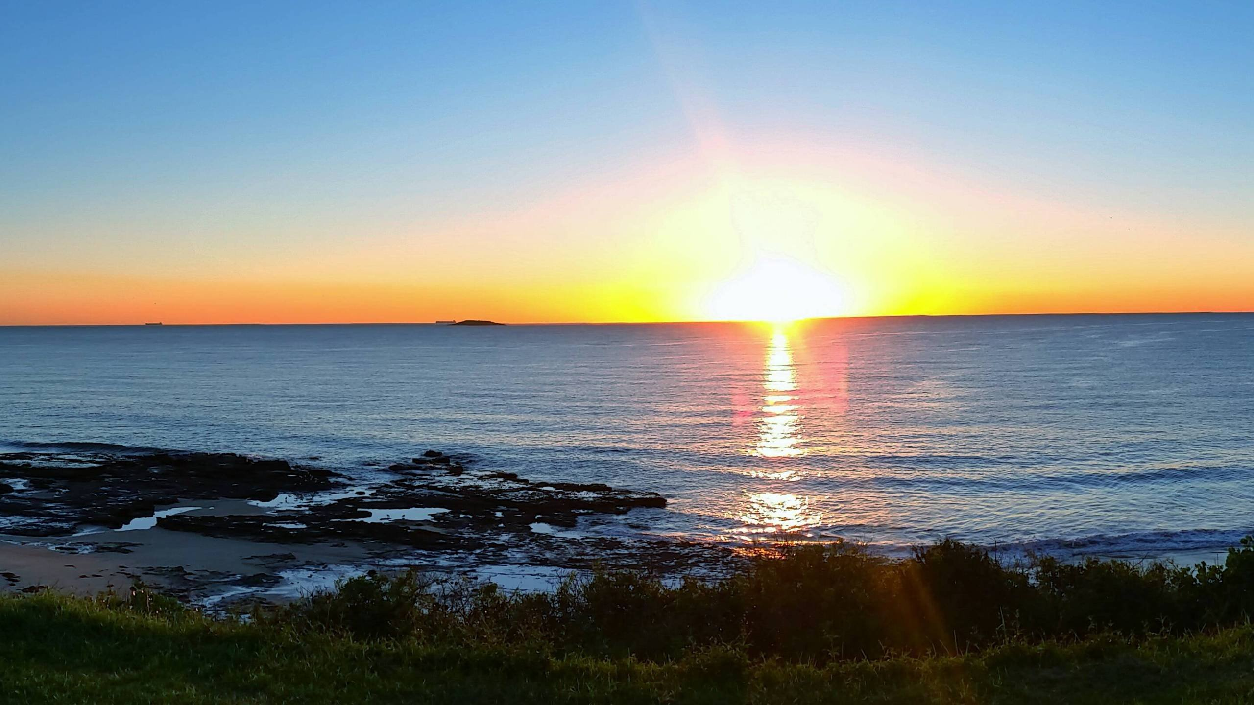 Sunrise Port Kembla Australia wallpaper