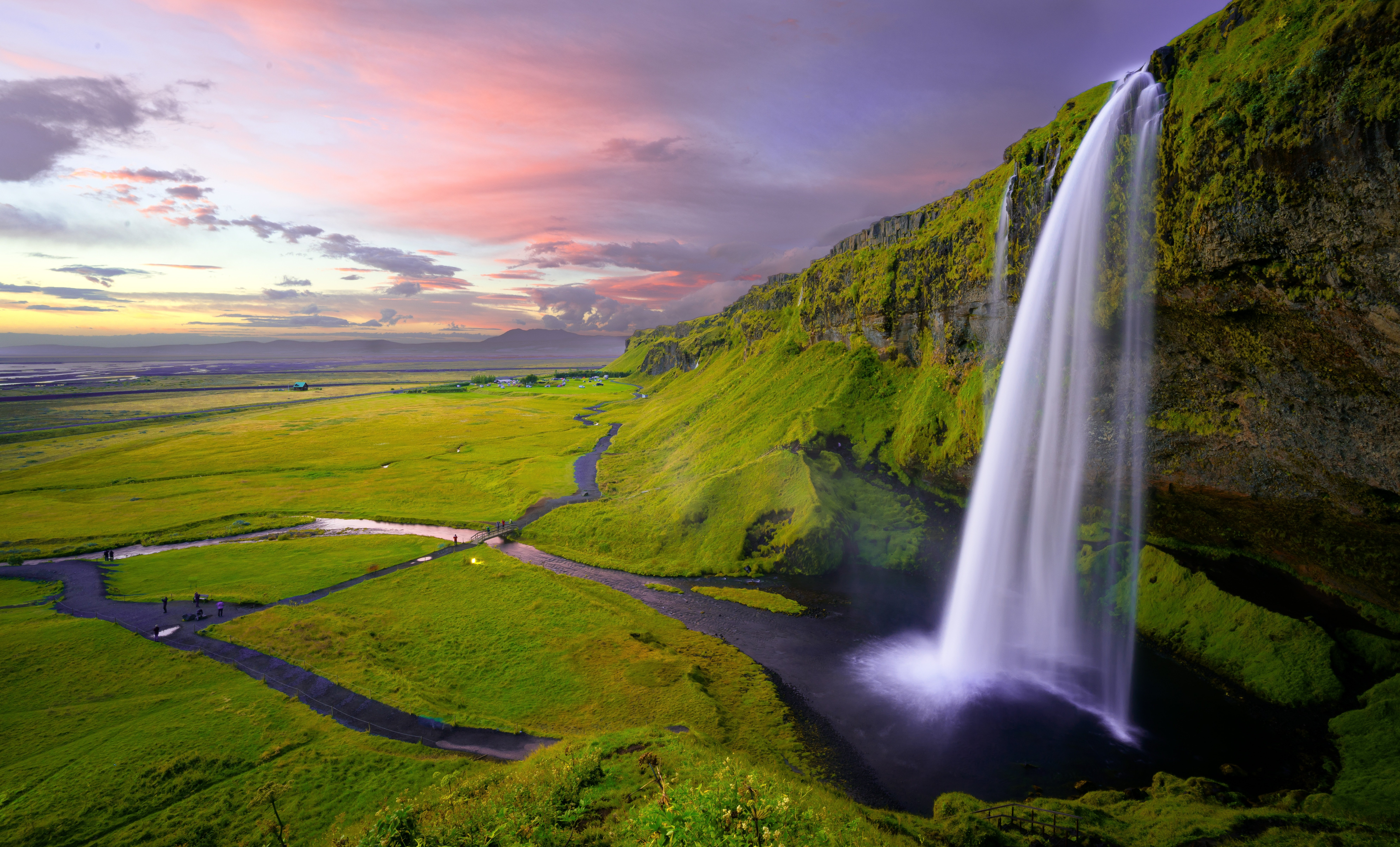 Seljalandsfoss Waterfall Iceland Wallpaper
