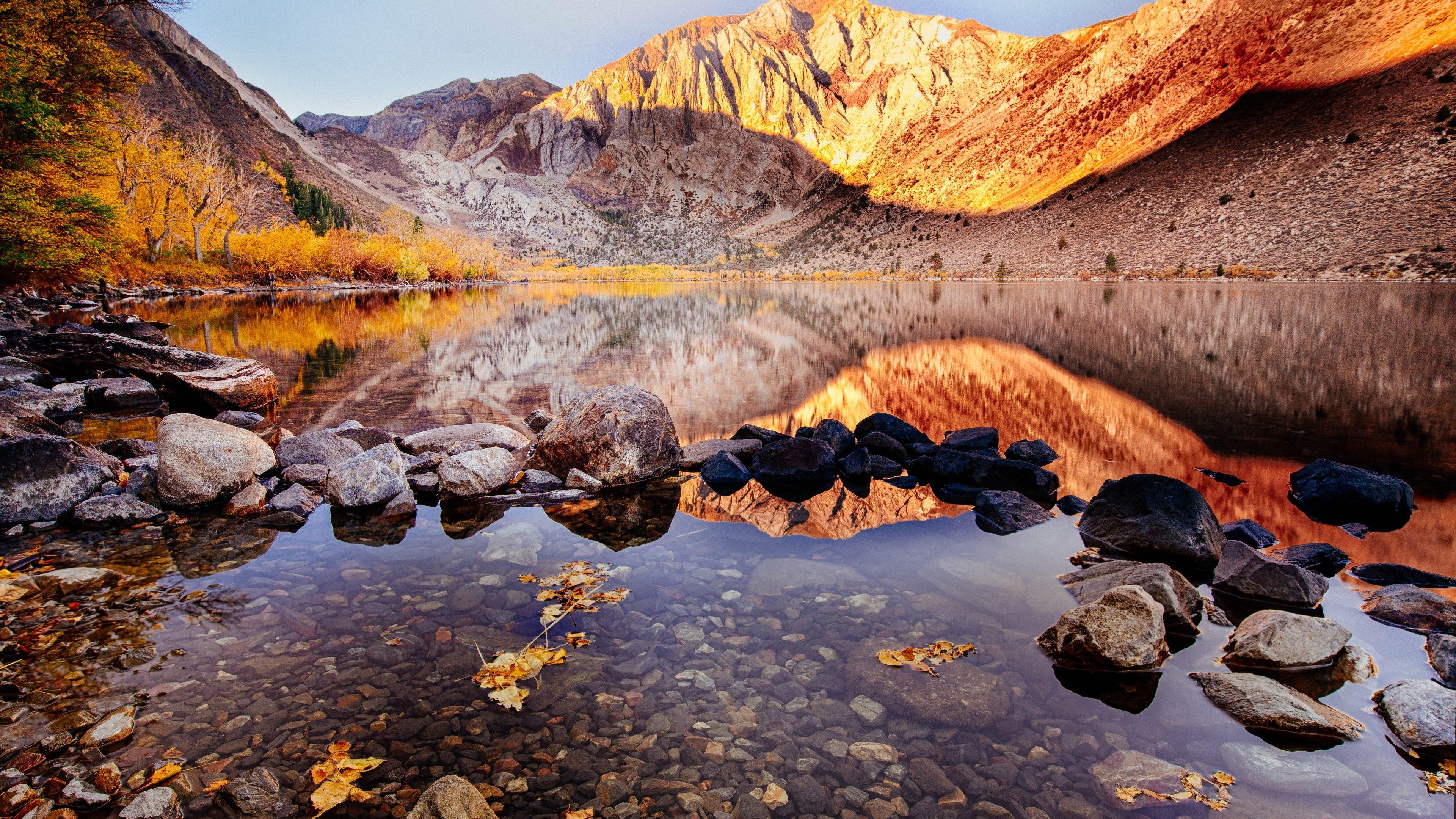 Convict Lake Autumn View wallpaper