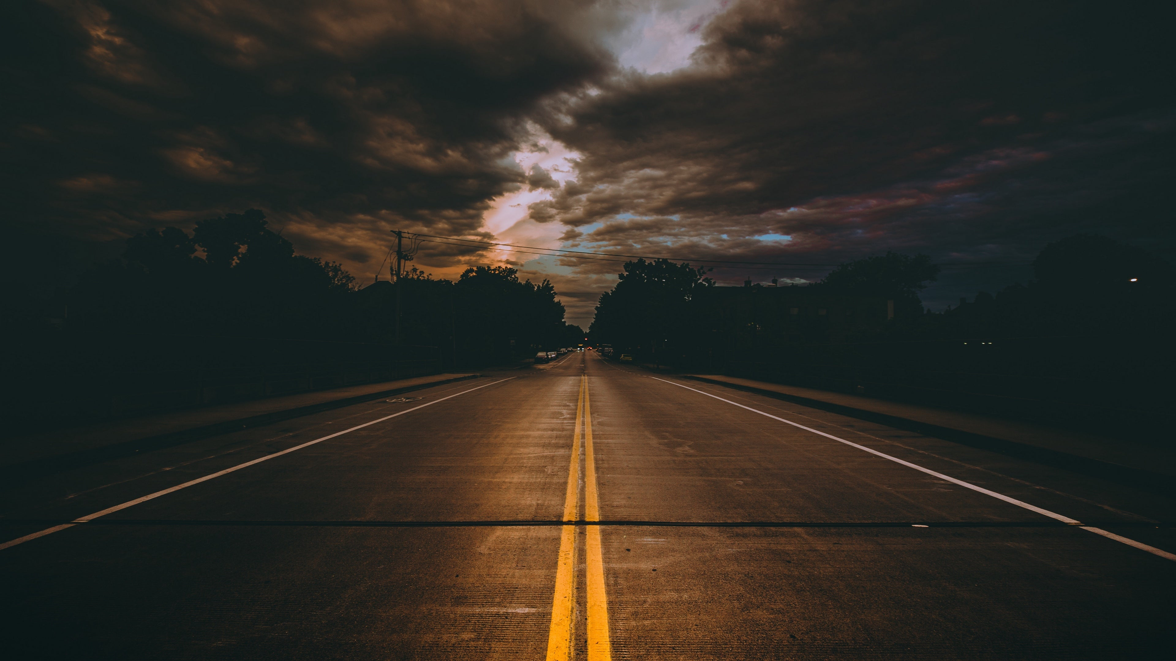 Road Marking Cloudy 4k Wallpaper
