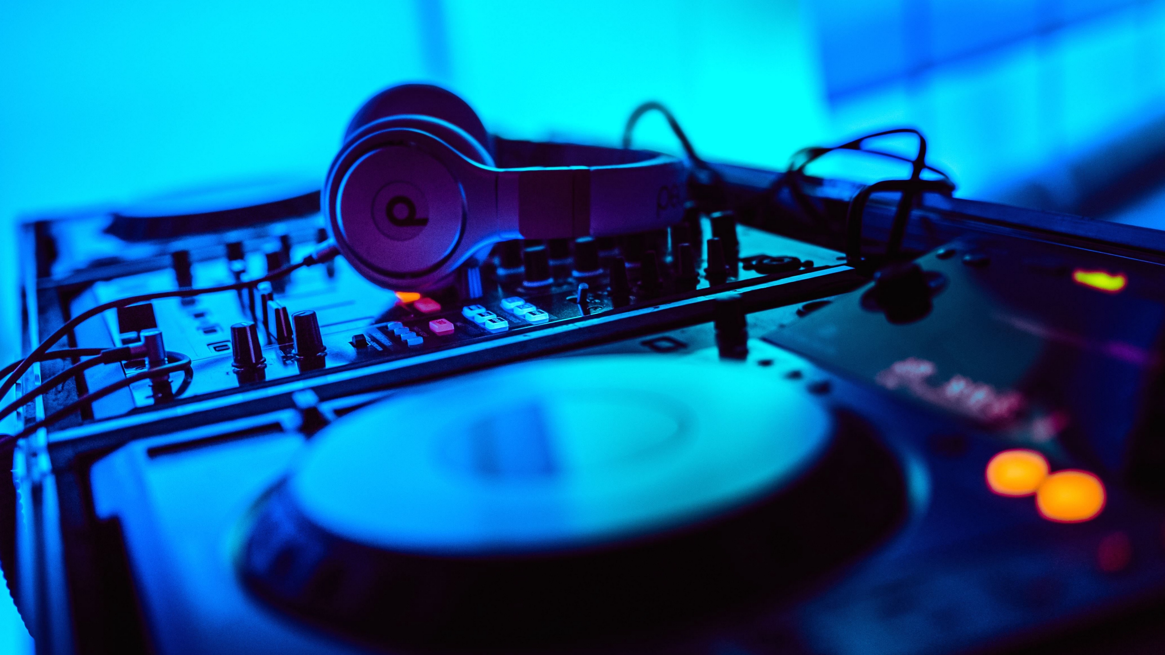 Music 4k Wallpapers For Your Desktop Or Mobile Screen Free And Easy To Download