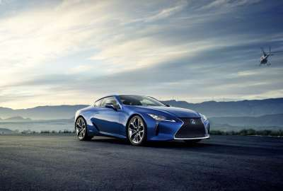 Lexus LC500h 4K wallpaper