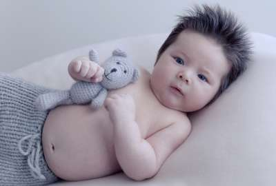 Baby With Teddy Bear wallpaper