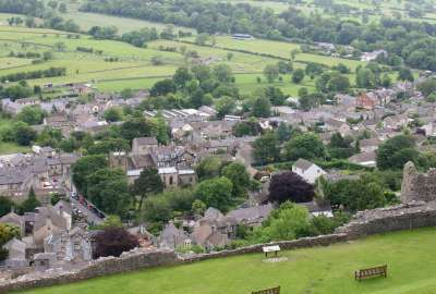 Castleton Derbyshire wallpaper