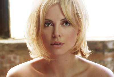 Charlize Theron (41) wallpaper