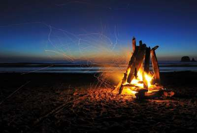 Driftwood Fire At Dusk wallpaper