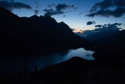 Dusk at Peyto Lake Alberta wallpaper