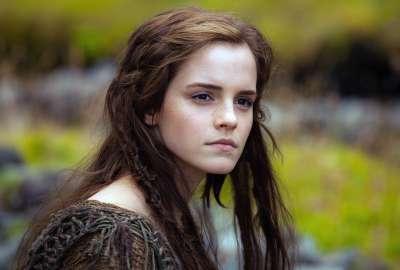 Emma Watson In Noah Wallpaper