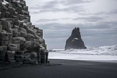 Gloomy Day at Reynisdrangar Iceland wallpaper
