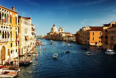 House River Italy wallpaper
