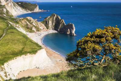 Durdle Door in the Distance wallpaper